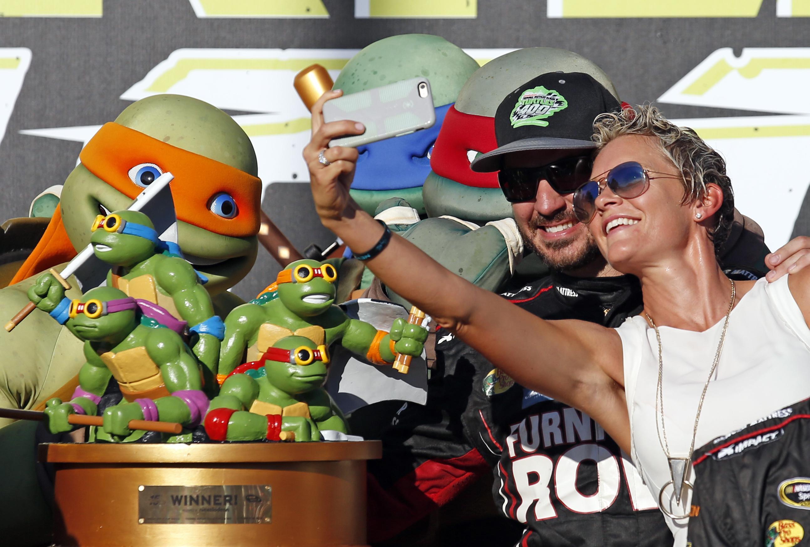 Stafford's Martin Truex Jr. Wins His Third Race This Season At Chicagoland
