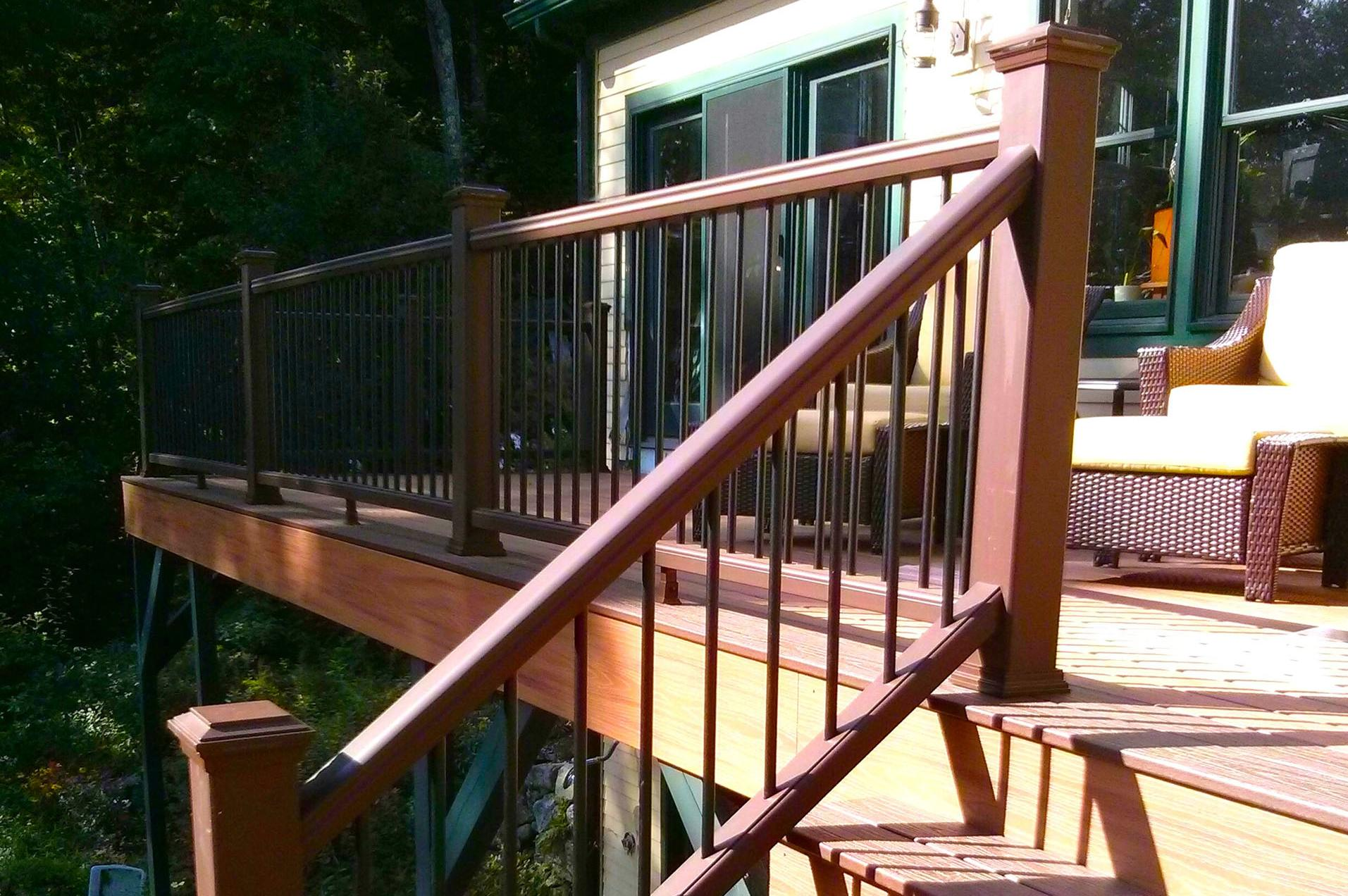Beau This Deck Stair Railing Was Made Using Great Skill And Modular Parts  Designed To Fit Together