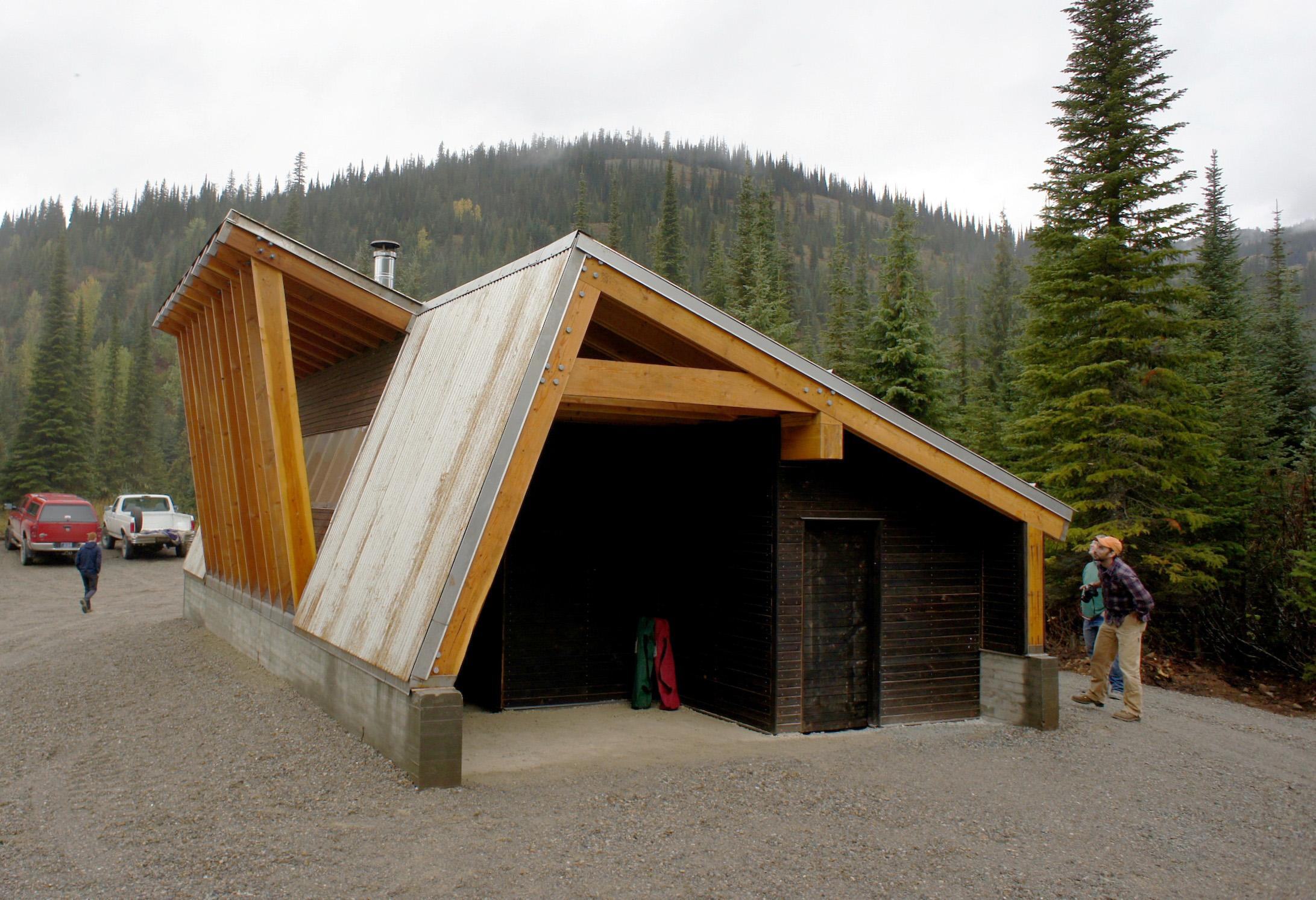 University Of Idaho College Of Art And Architecture Students Helped Design  A Warming Hut For Snowmobilers