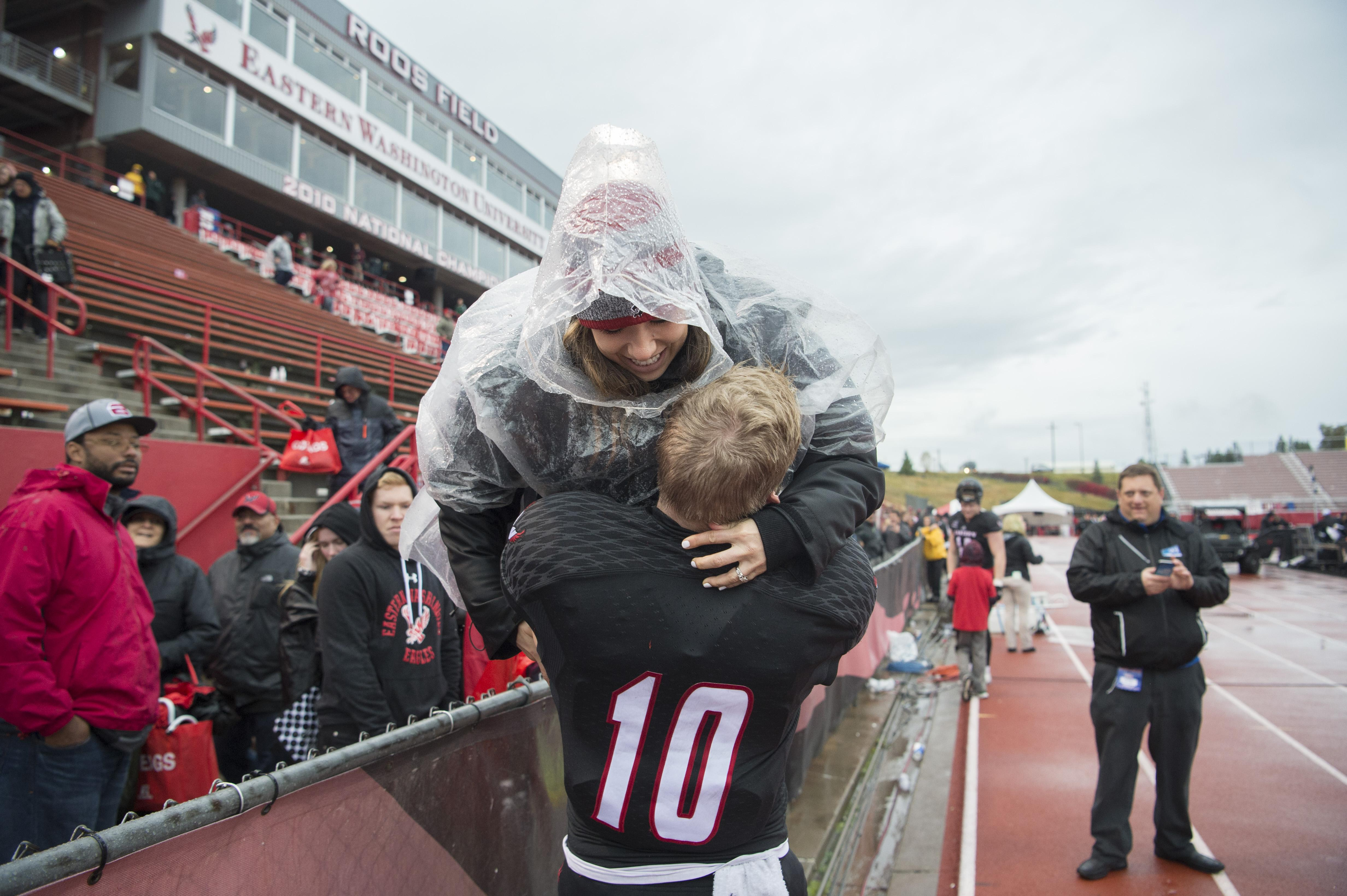 Marriage Faith And Family Ties Strengthen Eagles Wr Cooper Kupp S Ability To Bring People Together The Spokesman Review