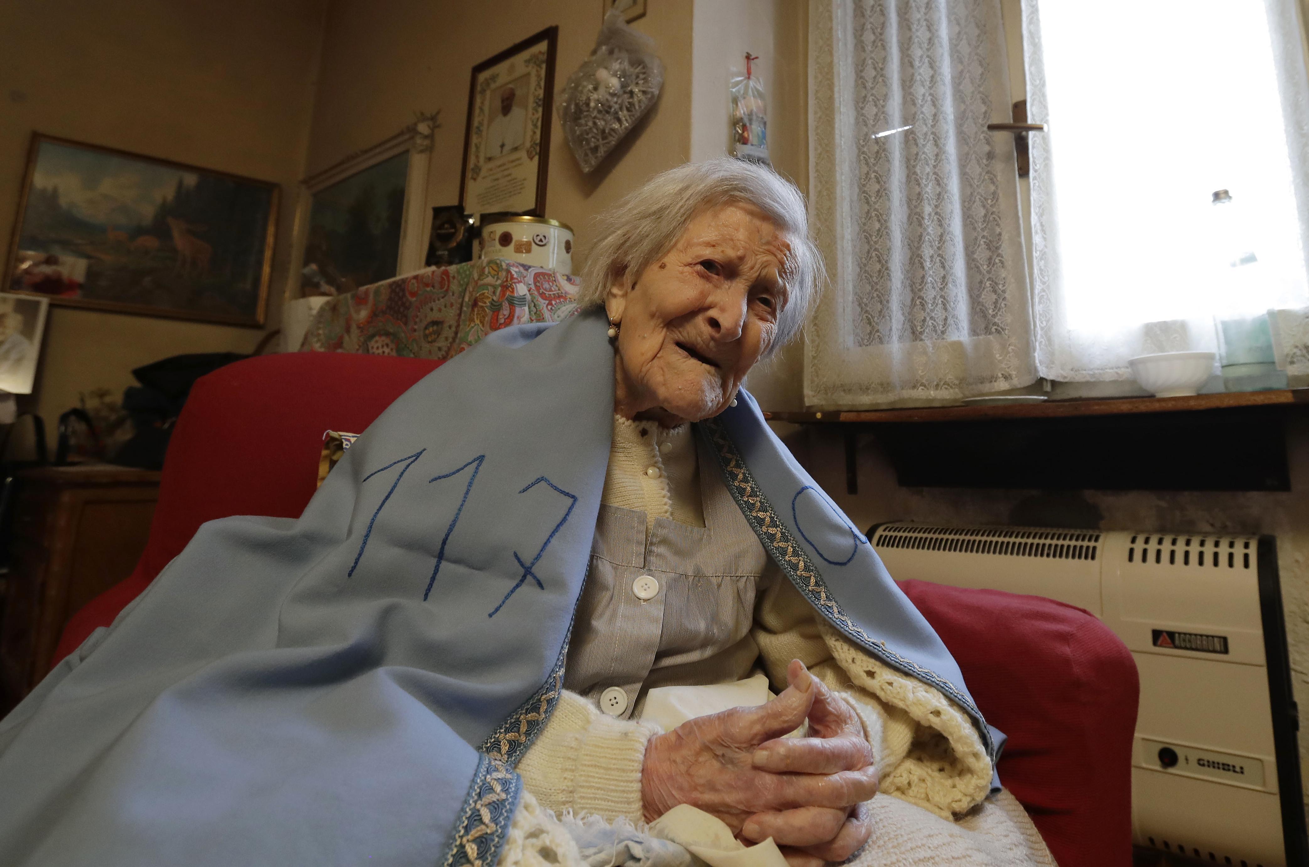 c6639ac5147a2b World s oldest living person celebrates 117th birthday