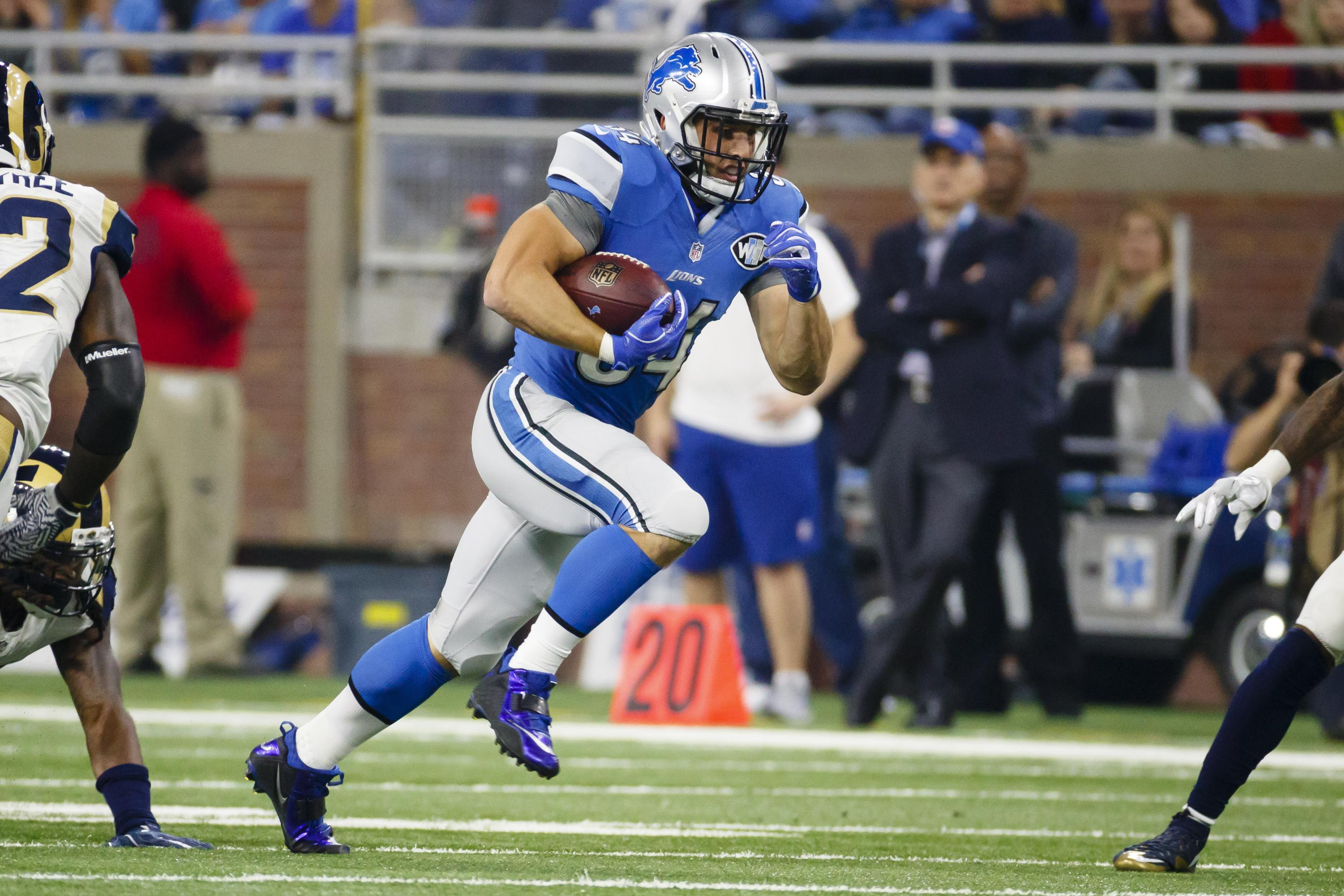 This Oct 16 2016 Photo Shows Detroit Lions Fullback Zach Zenner Rushing Against The