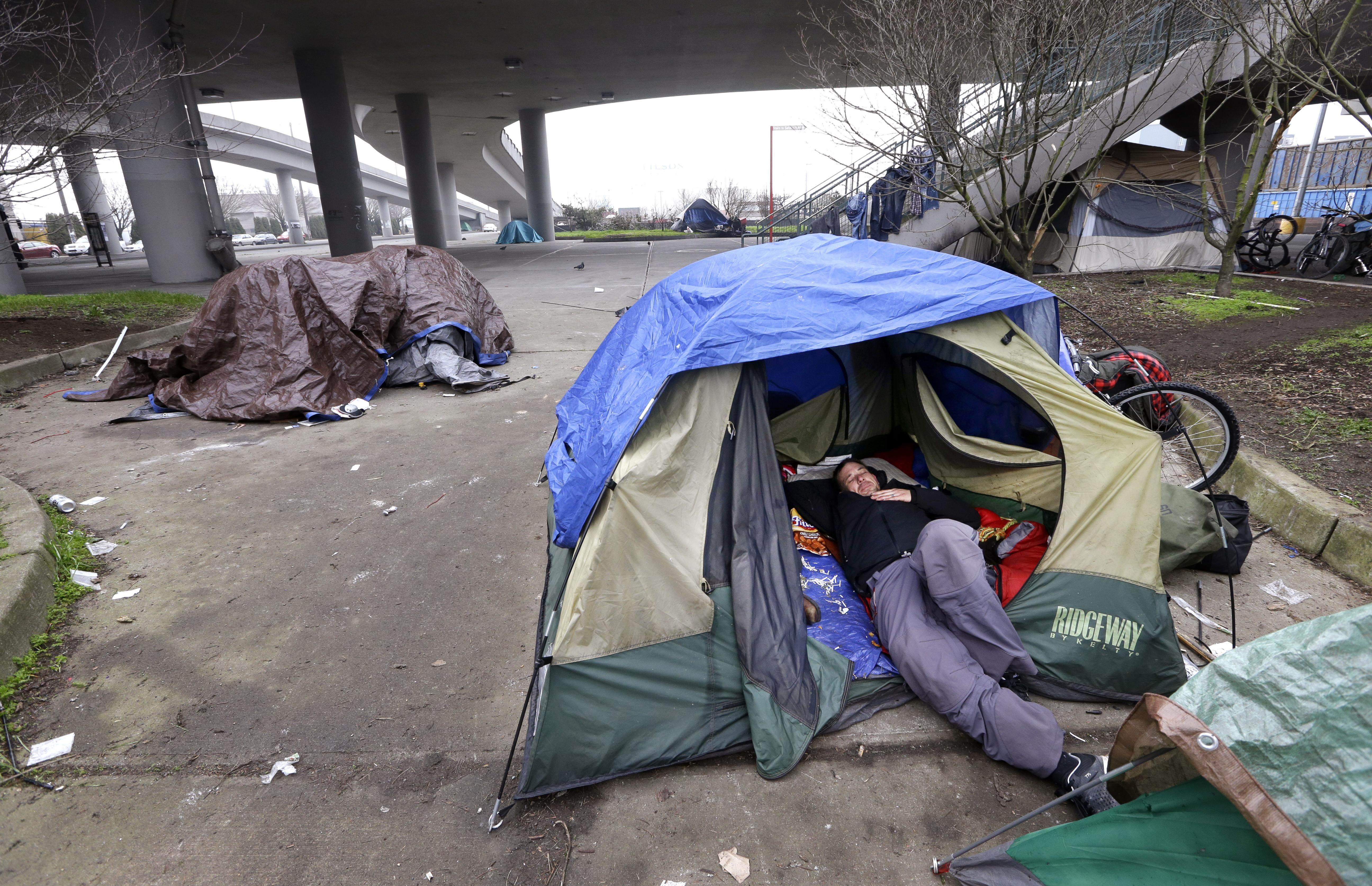 Lawsuit Filed Over Seattle S Cleanups Of Homeless Camps