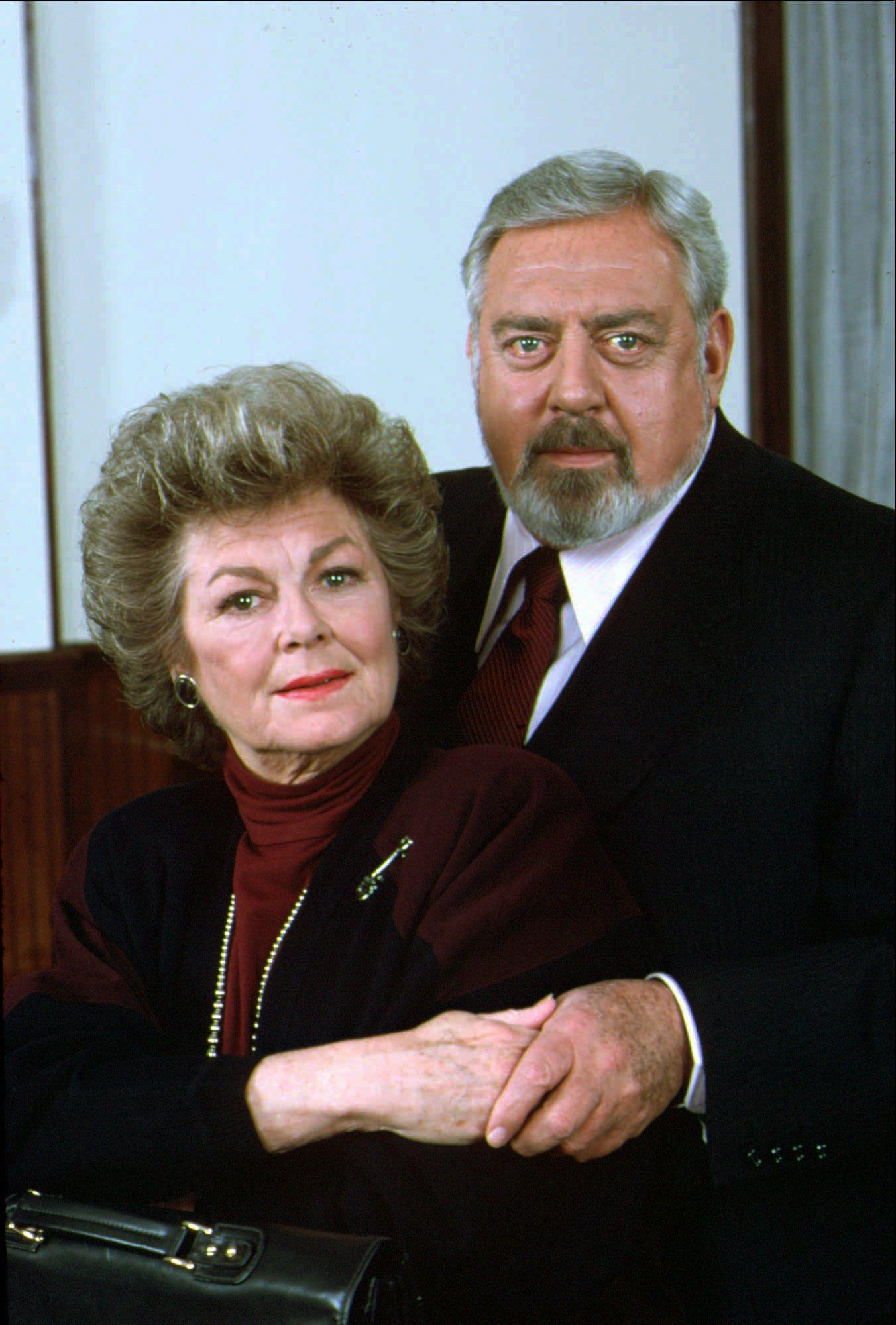 Barbara Hale Who Played Della Street On Perry Mason S At 94 The Washington Post