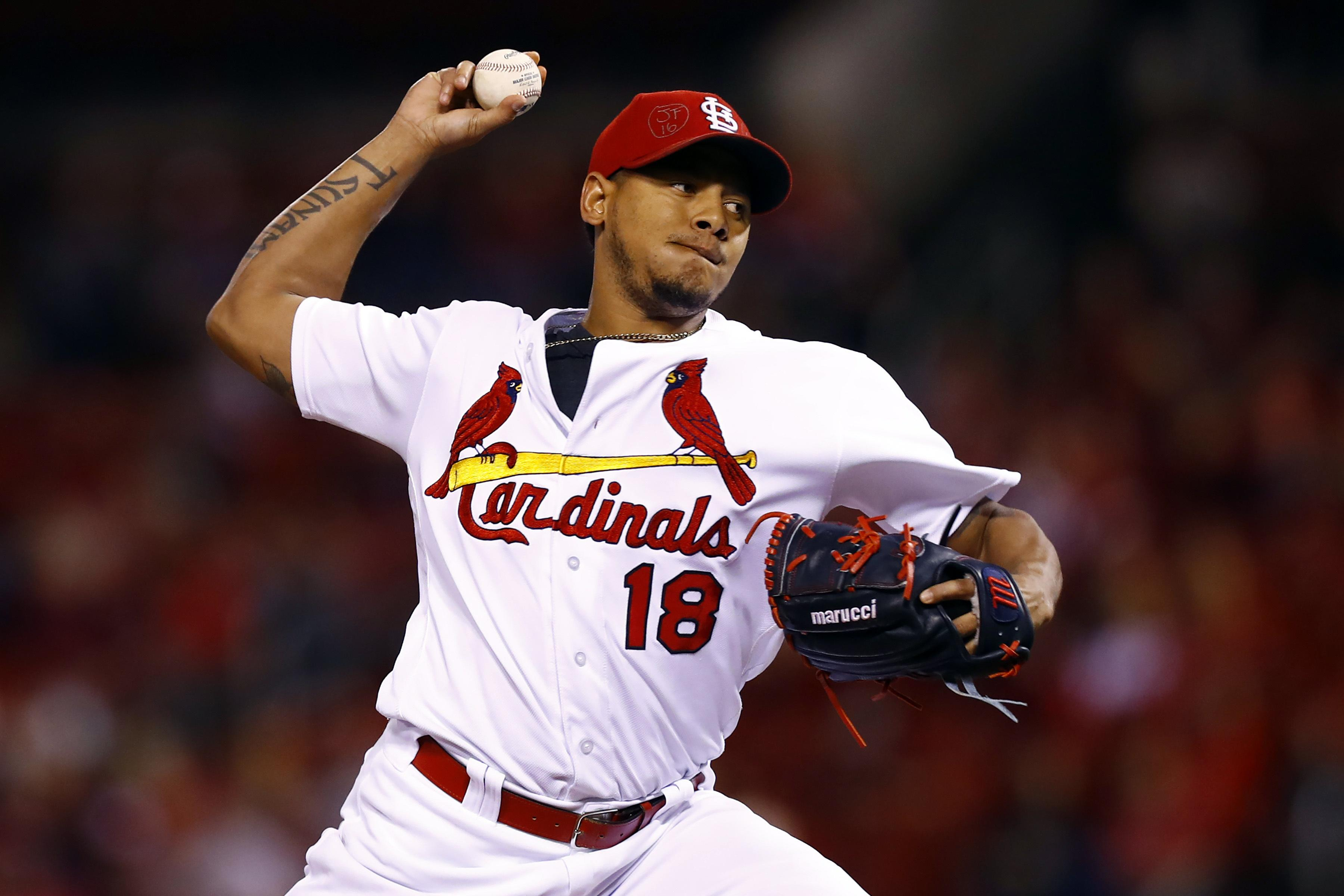 Carlos Martinez Agrees To 51m 5 Year Deal With Cards The