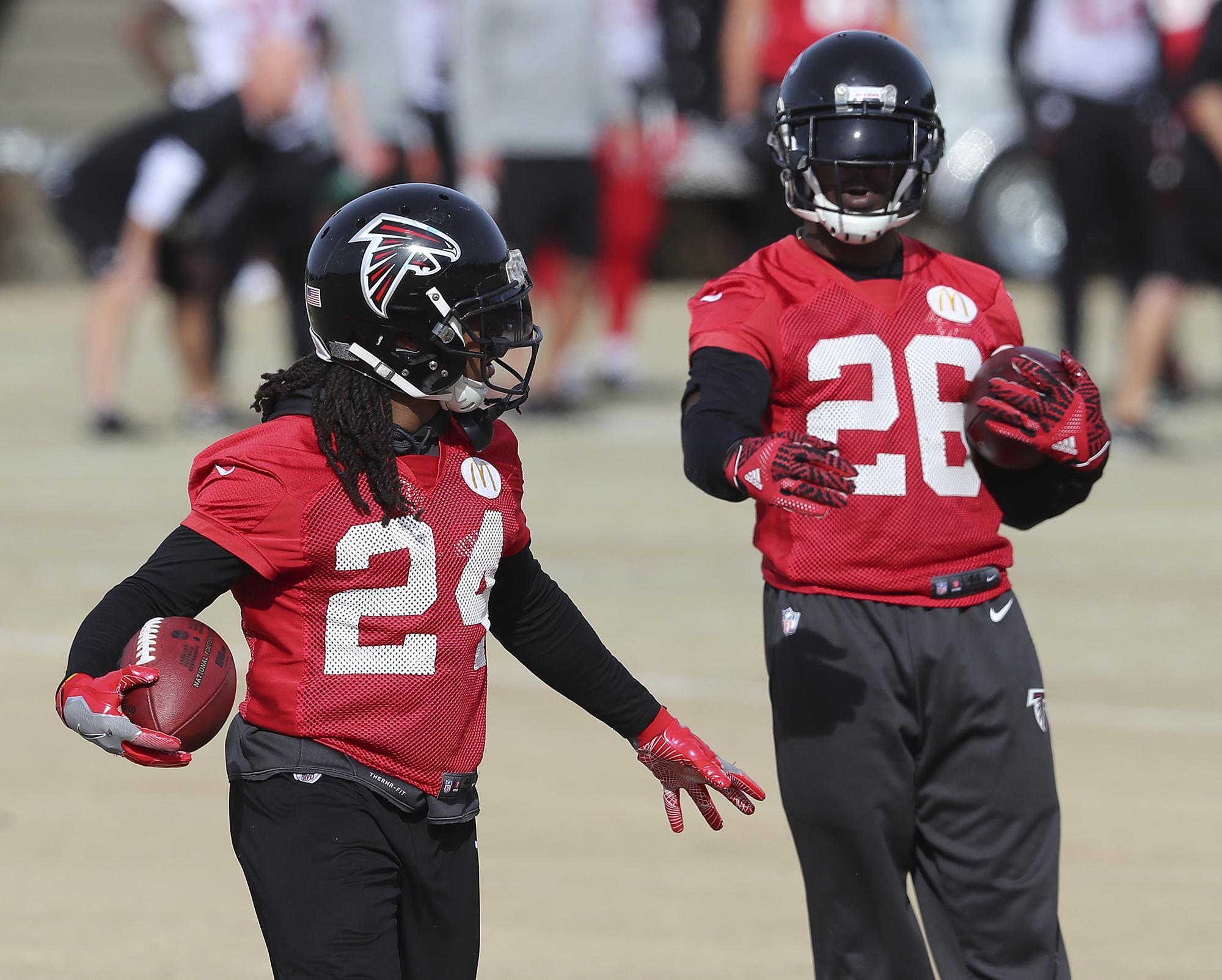 Devonta Freeman Tevin Coleman provide Atlanta Falcons with