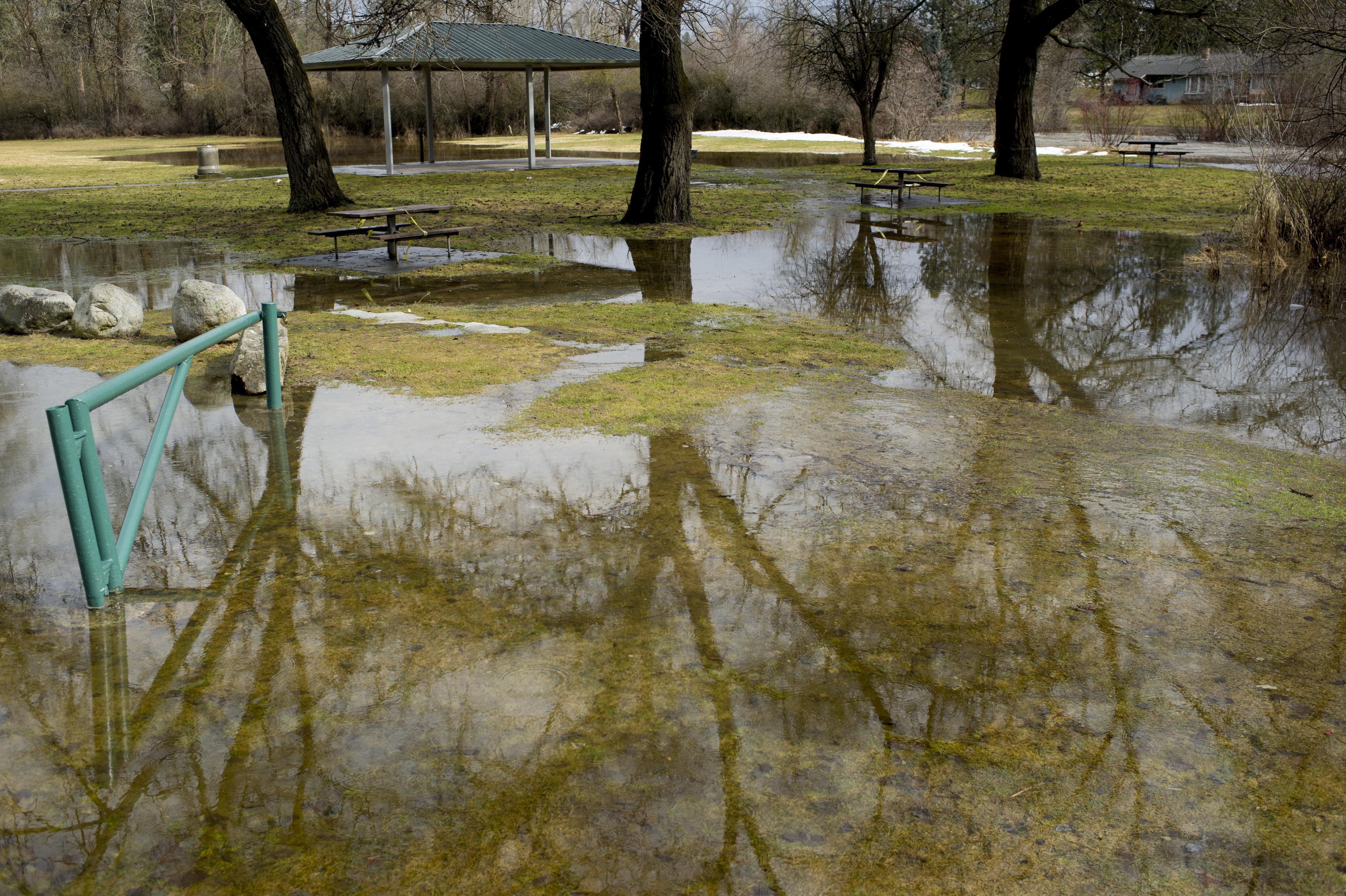 Spokane River, Lake Coeur d'Alene rising to flood stage ...