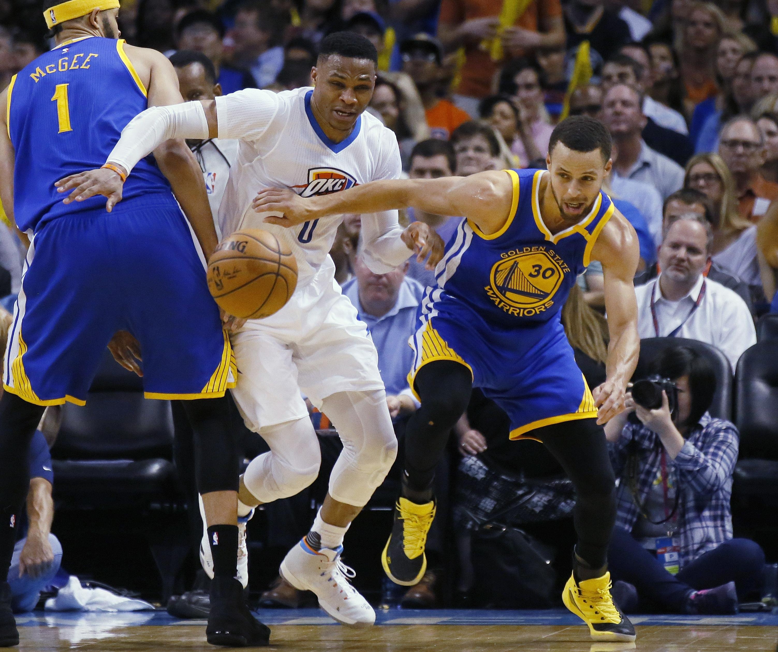 Warriors Record Without Stephen Curry 2017: NBA Capsules: Golden State Warriors Ride Klay Thompson To