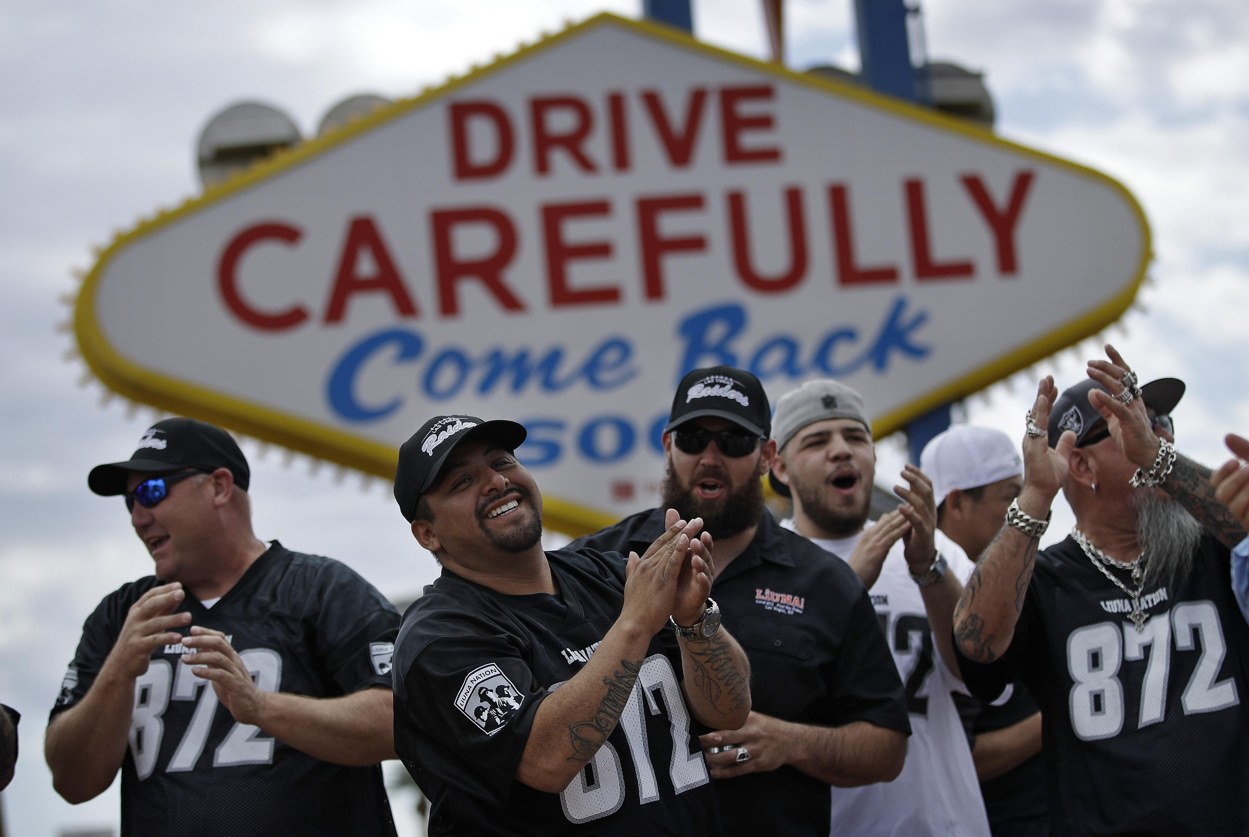 Raiders Win Nfl Owners Approval To Move To Las Vegas The