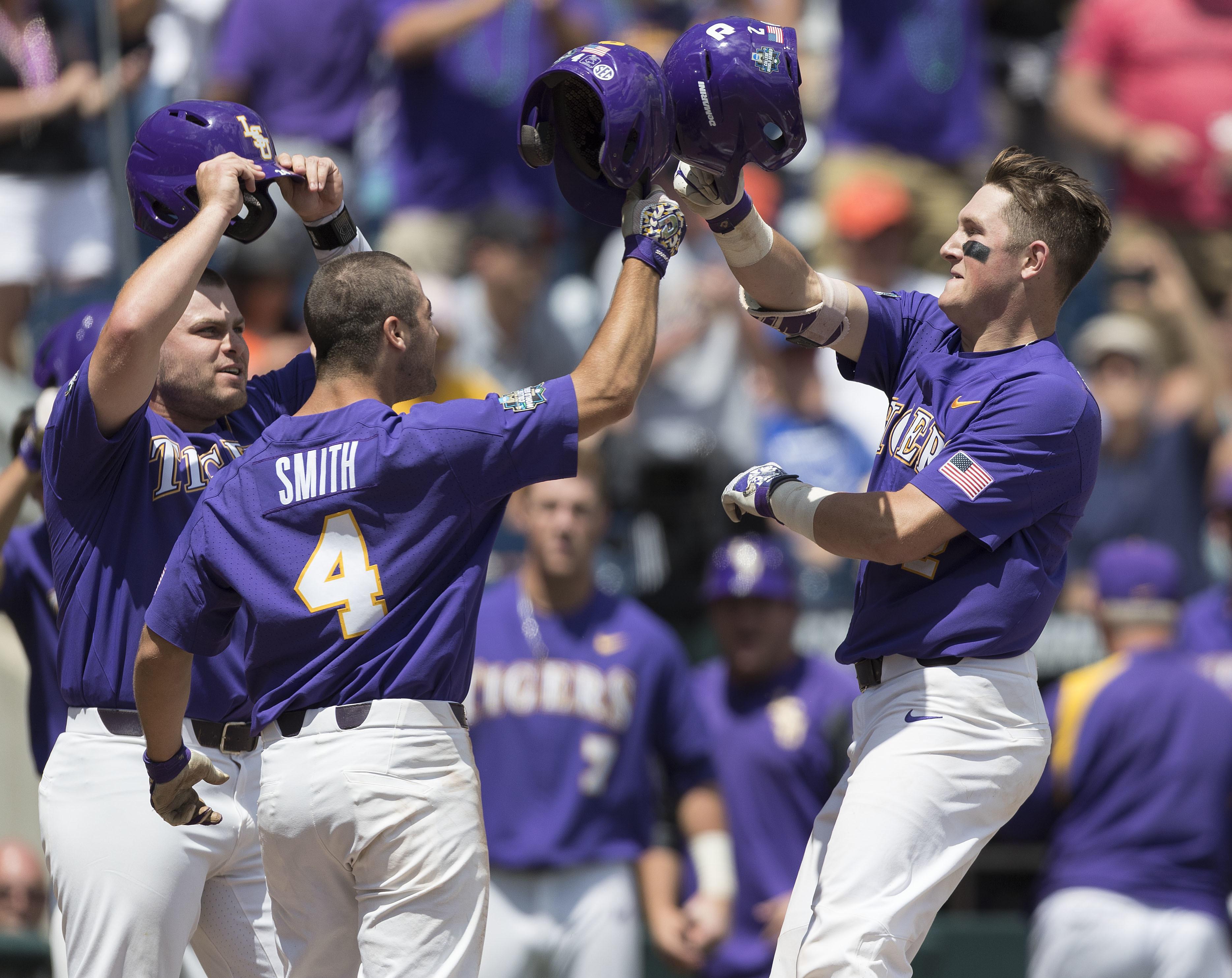 LSU advances to College World Series Finals