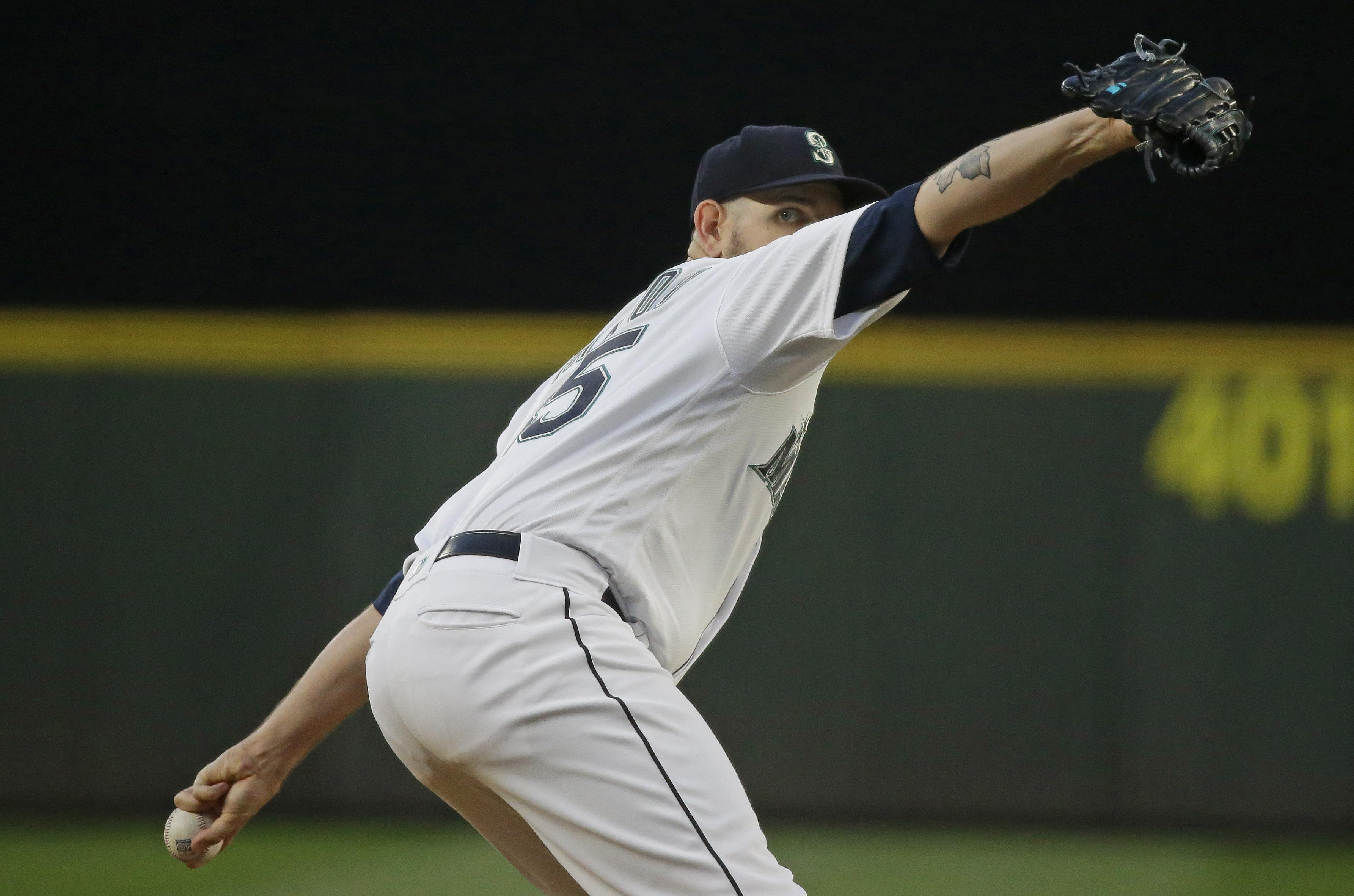 new styles 90a01 c9b38 Paxton again flashes dominant form in Mariners' victory over ...