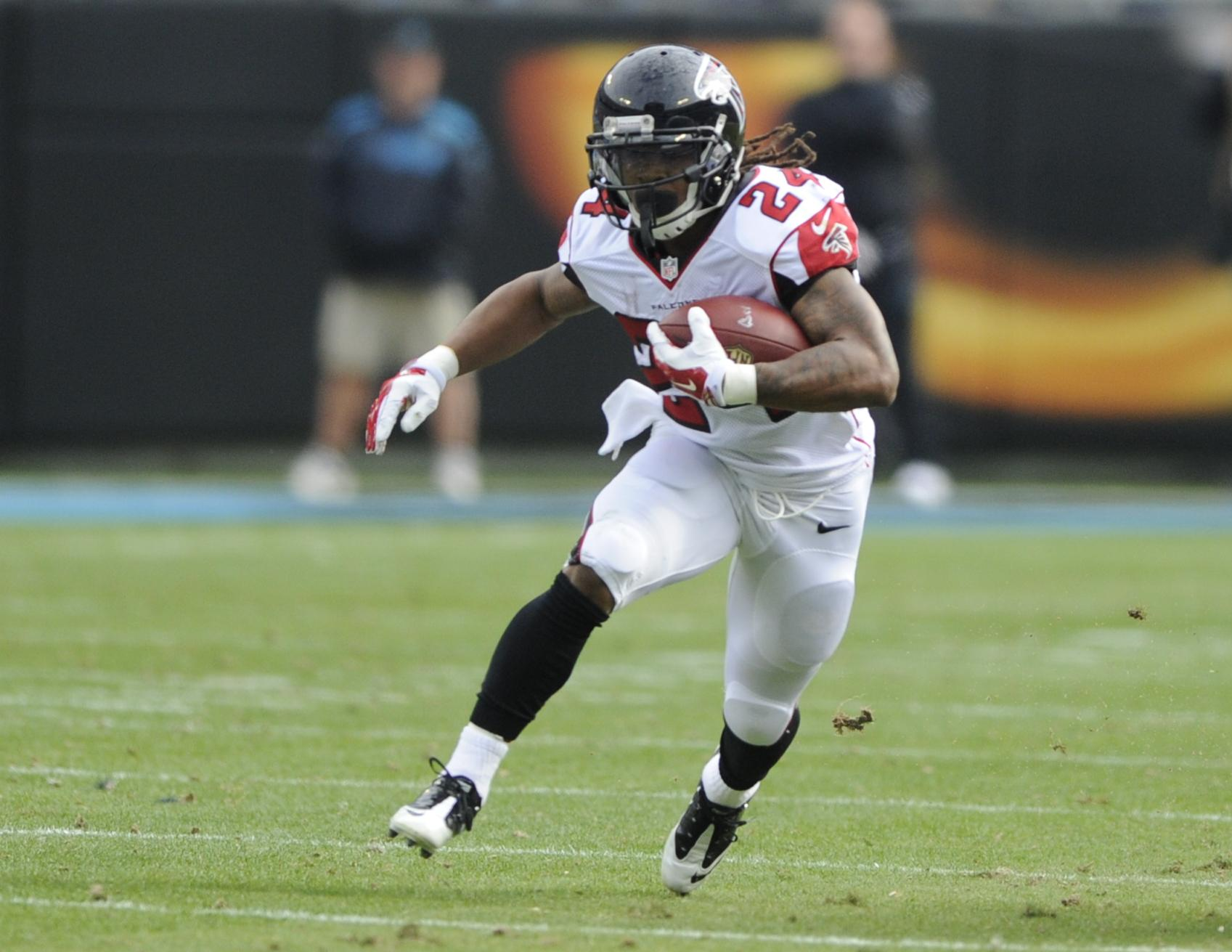Falcons agree to $41 25 million deal with RB Devonta Freeman
