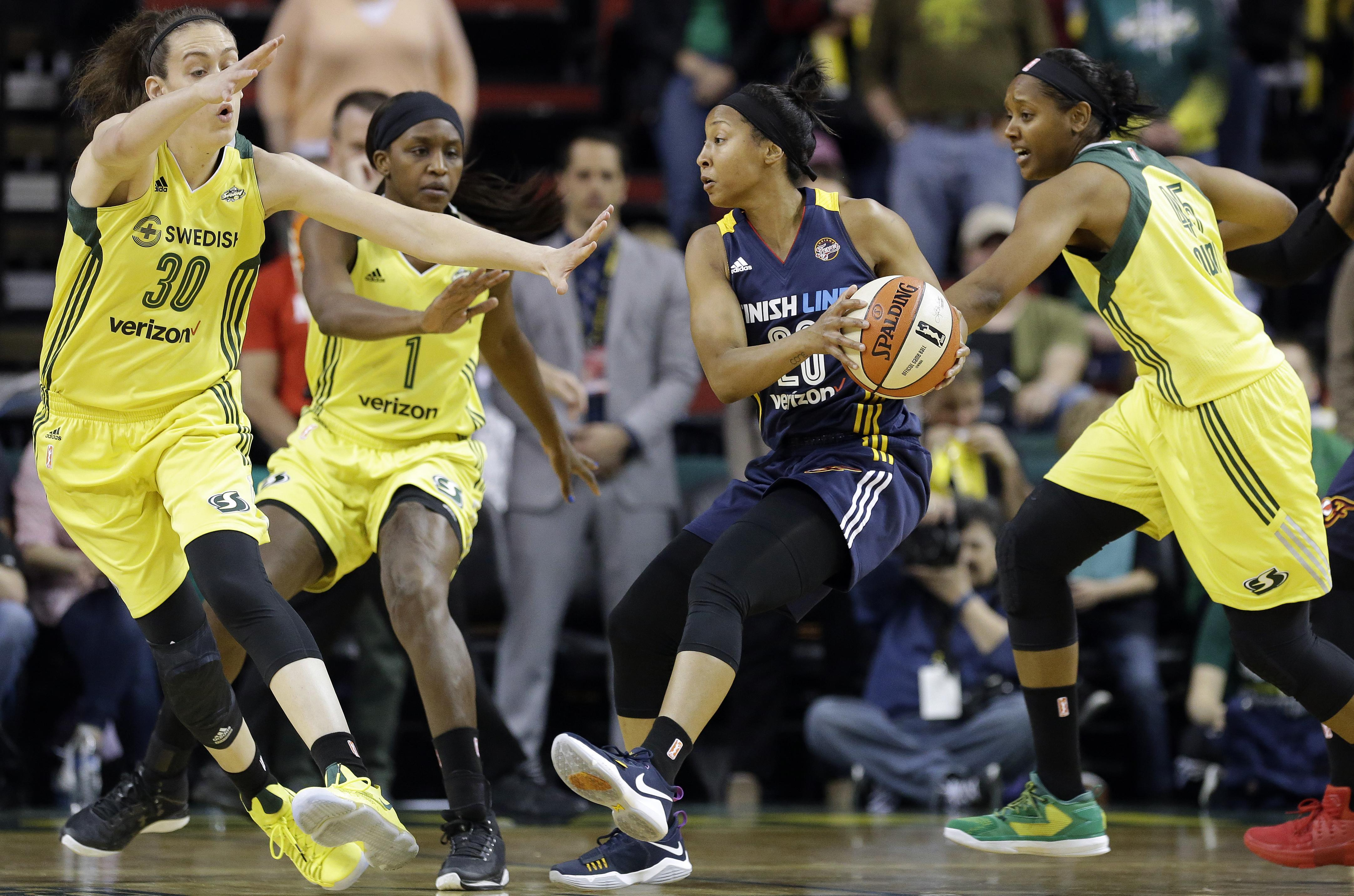 Storm Signs Tameka Johnson and Noelle Quinn