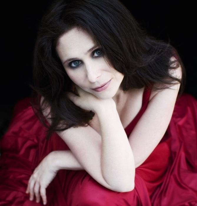 Navah Perlman will perform Friday as part of the Northwest Bach Festival's Summerfest. (Courtesy