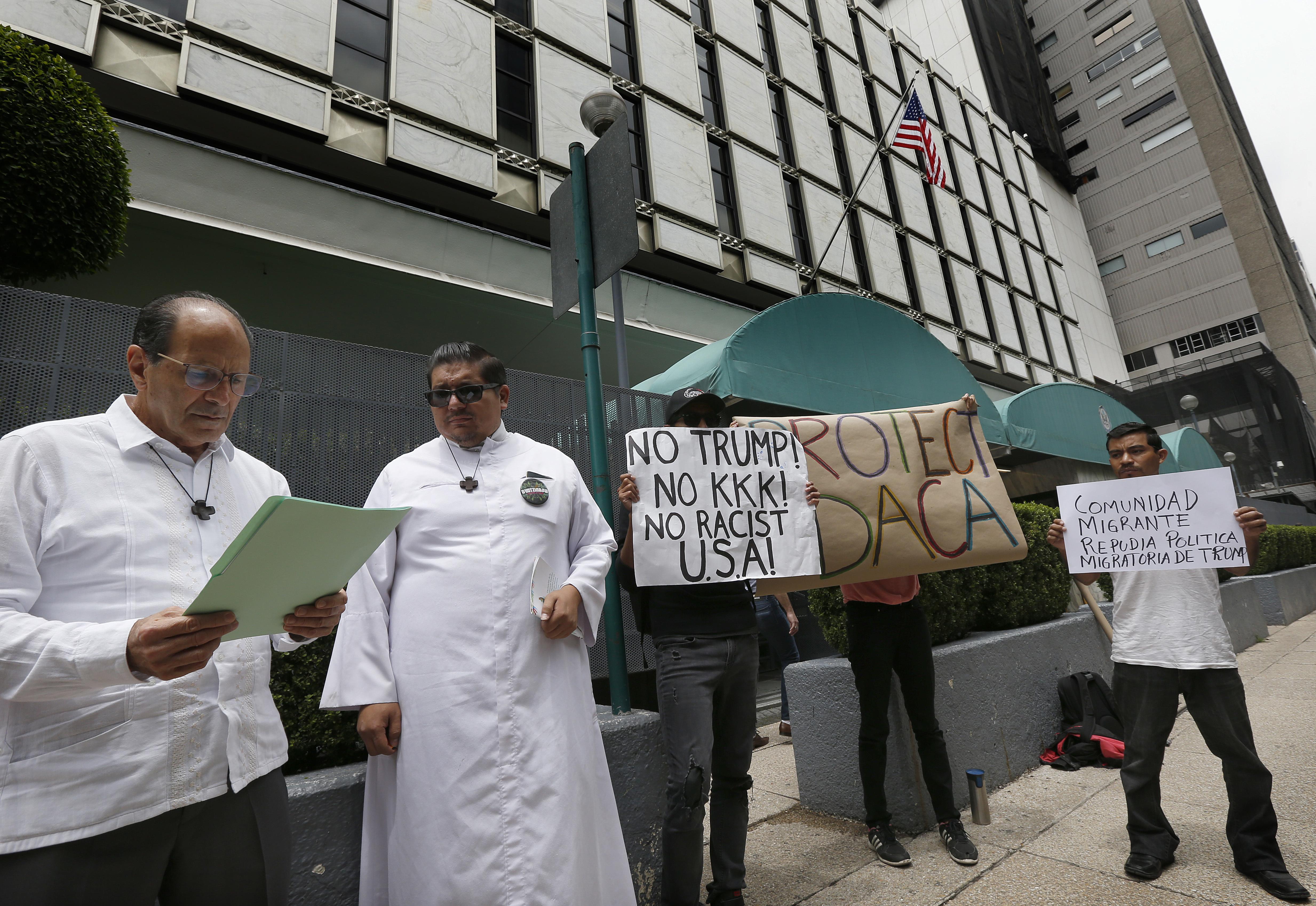 Plan to cancel DACA puts Mexico on alert   The Spokesman-Review