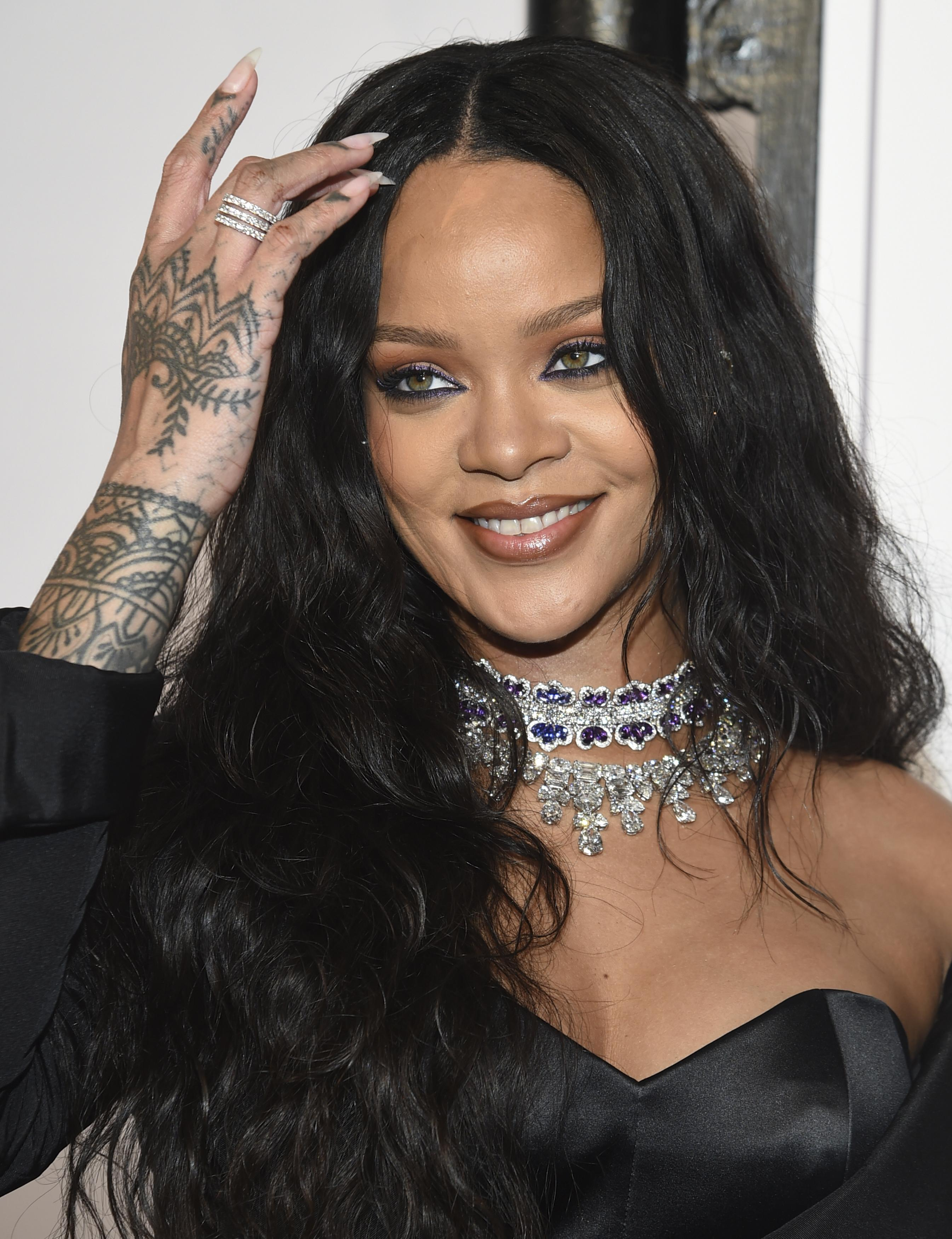 Rihanna, Dave Chappelle team up to raise money for charity ... Rihanna