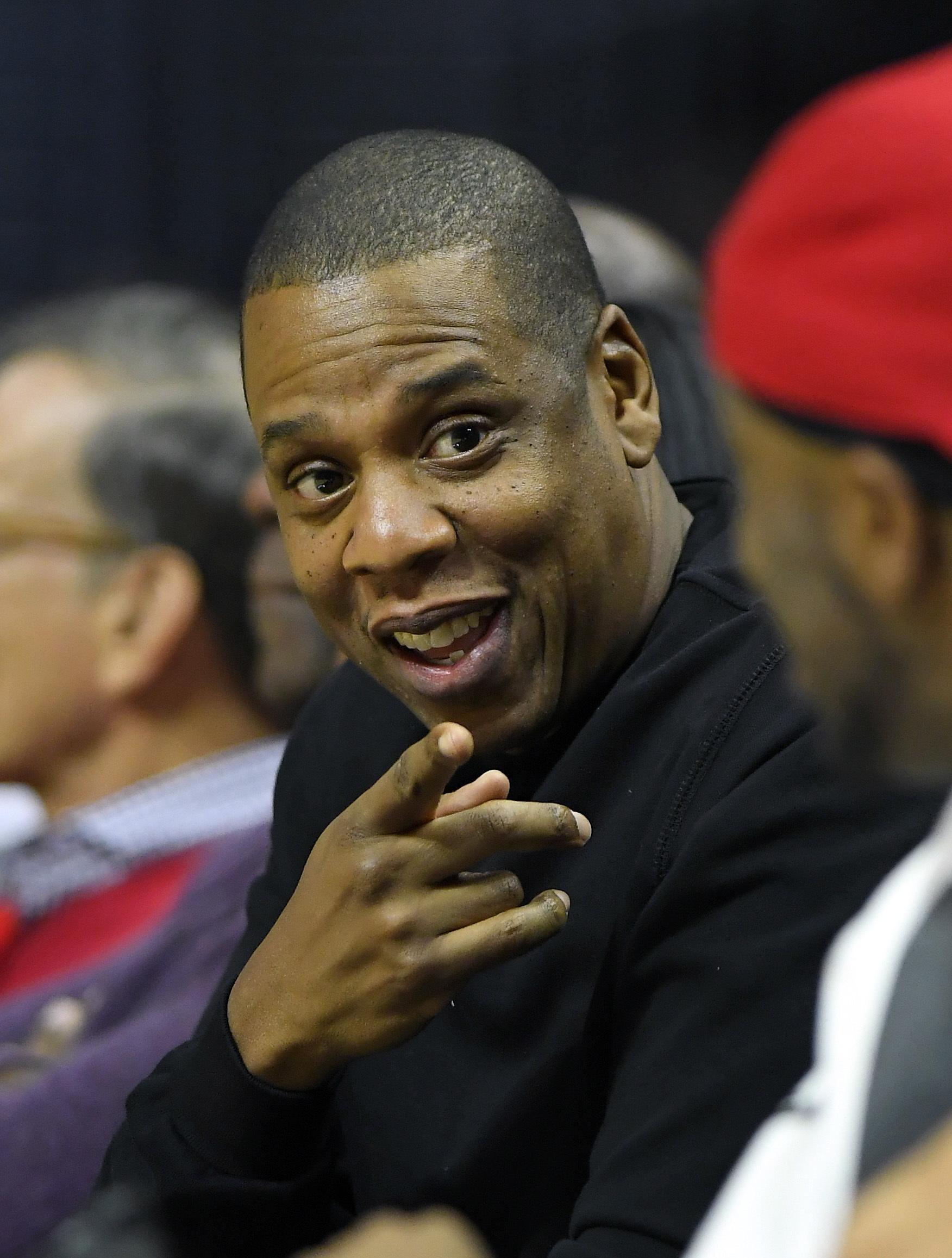 cb4bb4cac Jay-Z sends a message
