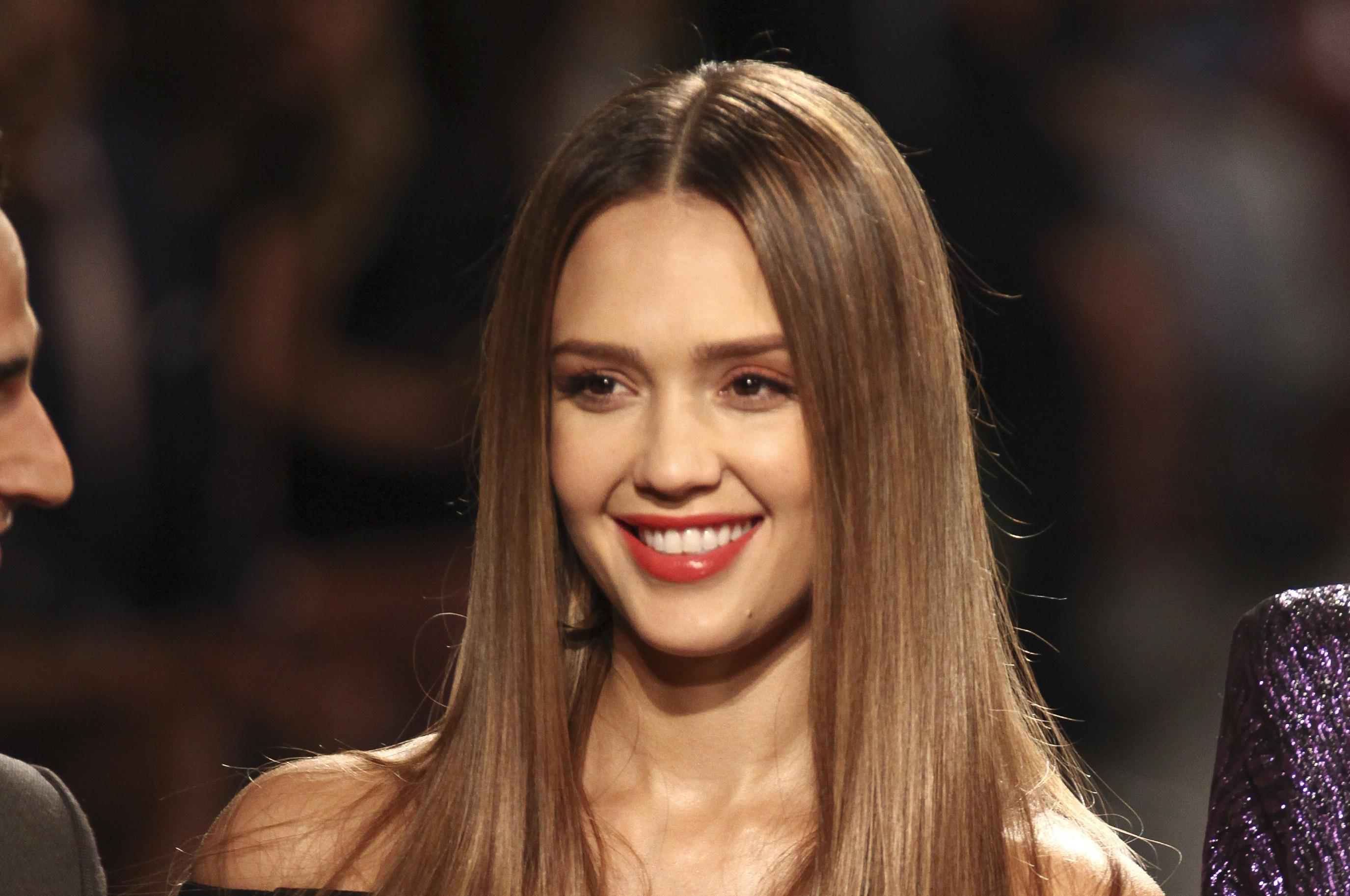 Jessica Alba Nude Photos 89