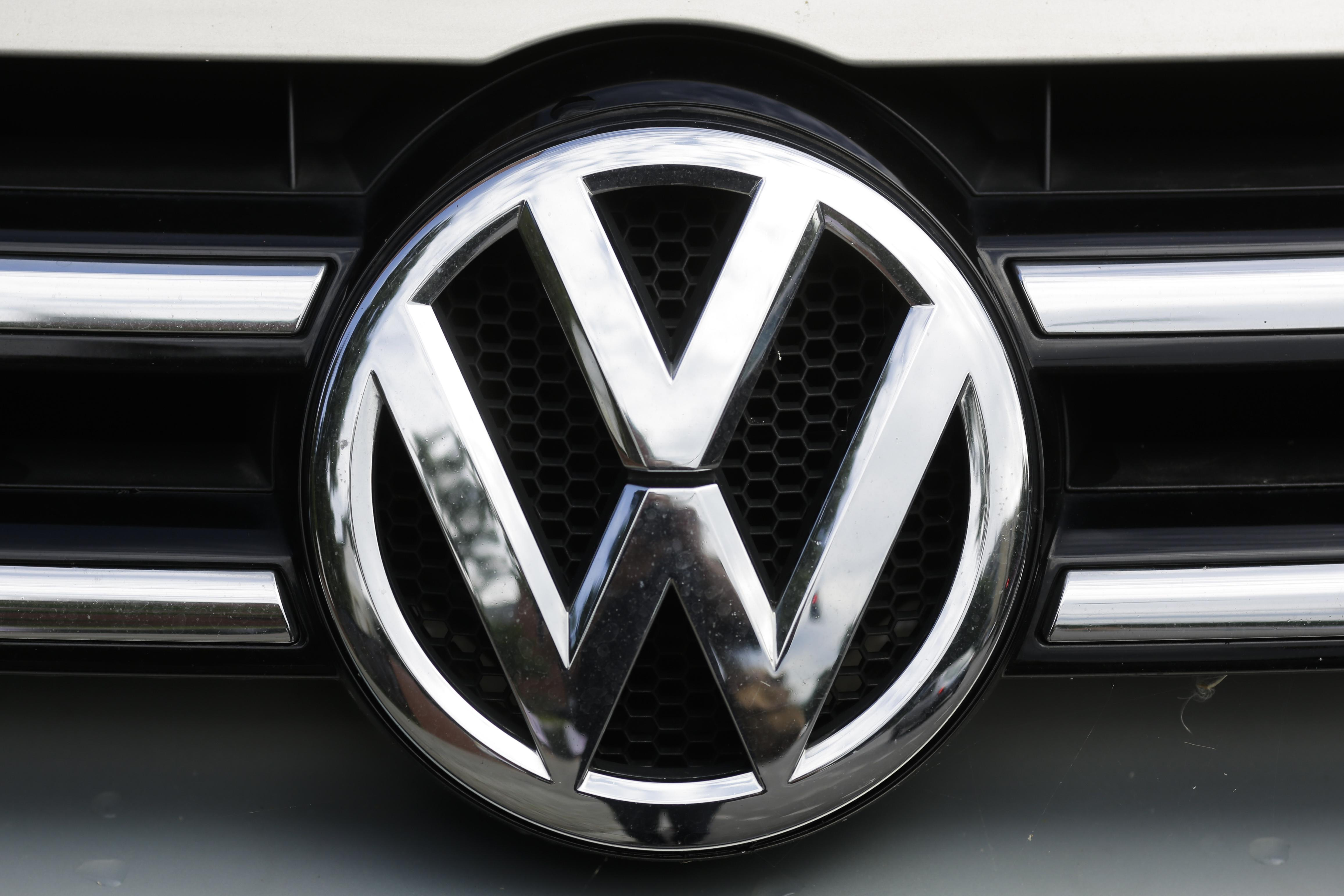a vehicles recalling or car maker bags recall million is replace the articles in bag auto recalls air to volkswagen millions bn with of china