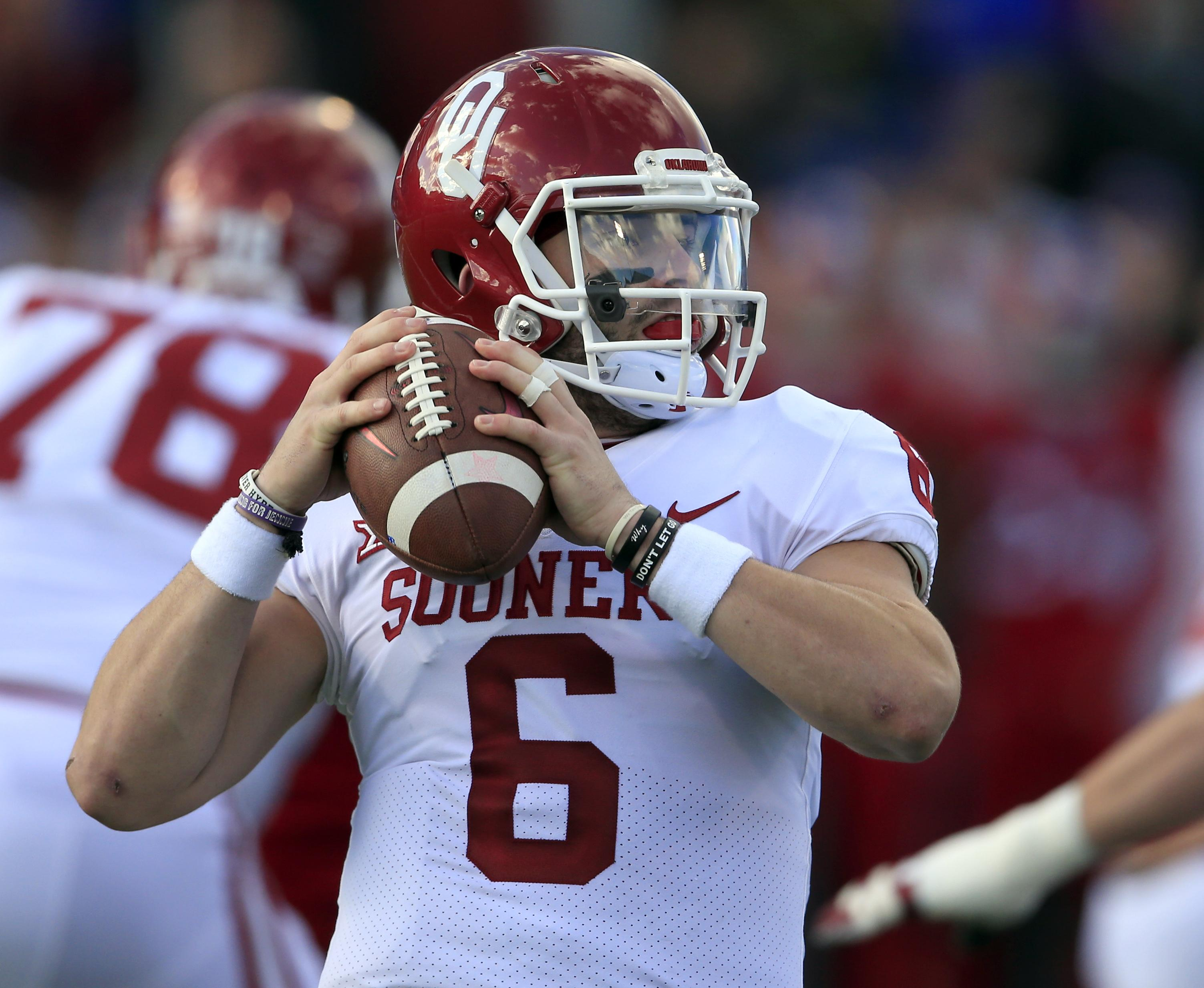 Oklahoma QB Baker Mayfield named finalist for Maxwell Award