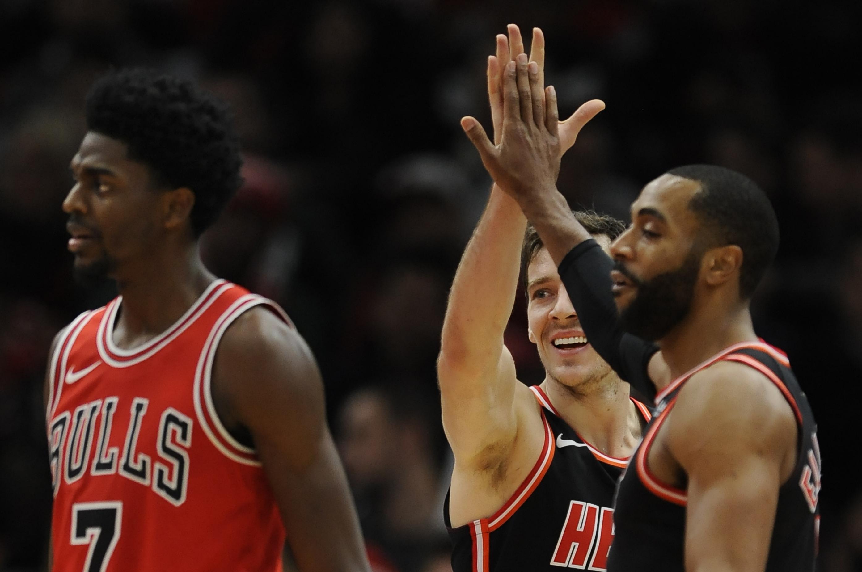 NBA capsules  Goran Dragic leads slow-starting Heat past Bulls c91f19b4d