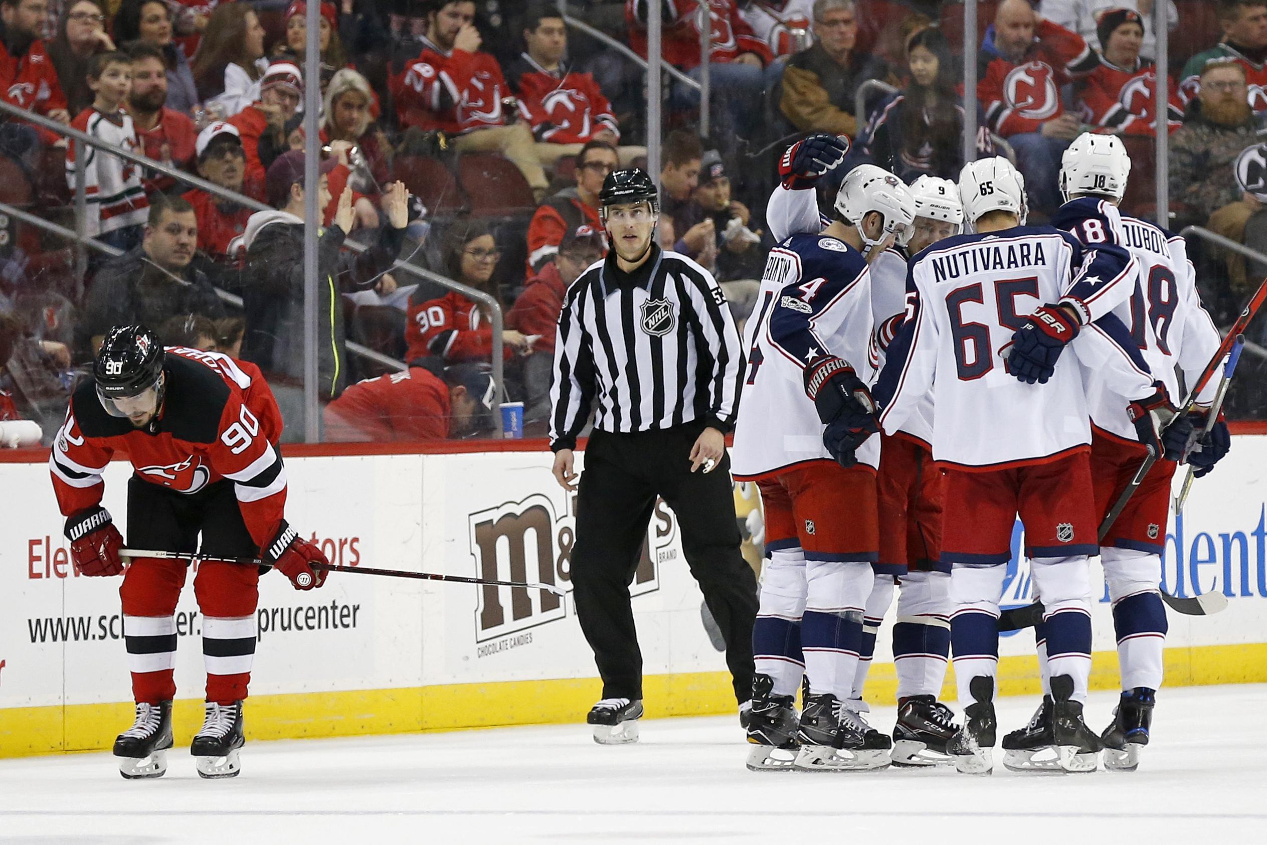 pretty nice e42f2 7c78f NHL Capsules: Artemi Panarin sets up 5 goals, Blue Jackets ...
