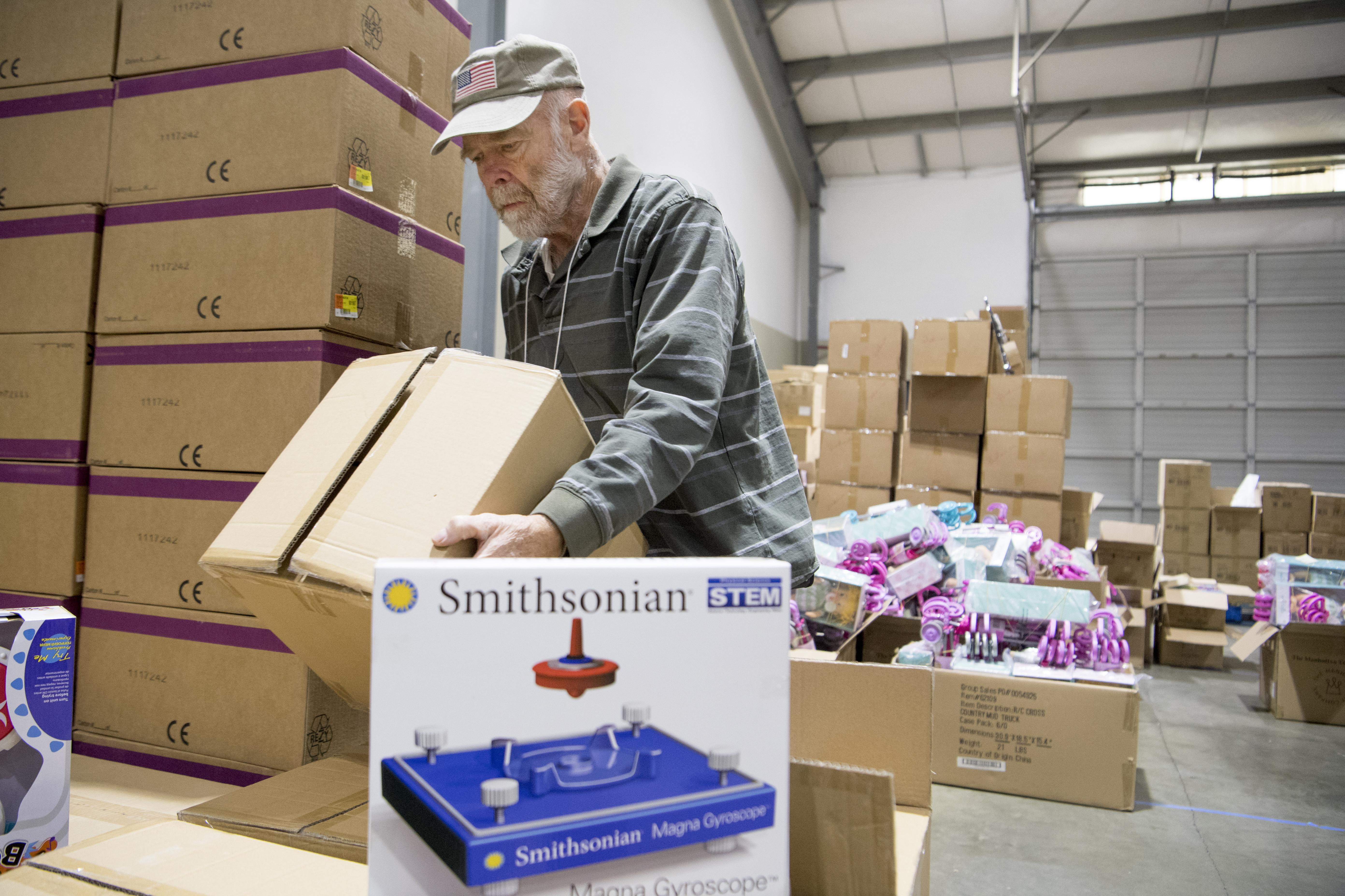 Volunteer battles illness to help at the christmas bureau the