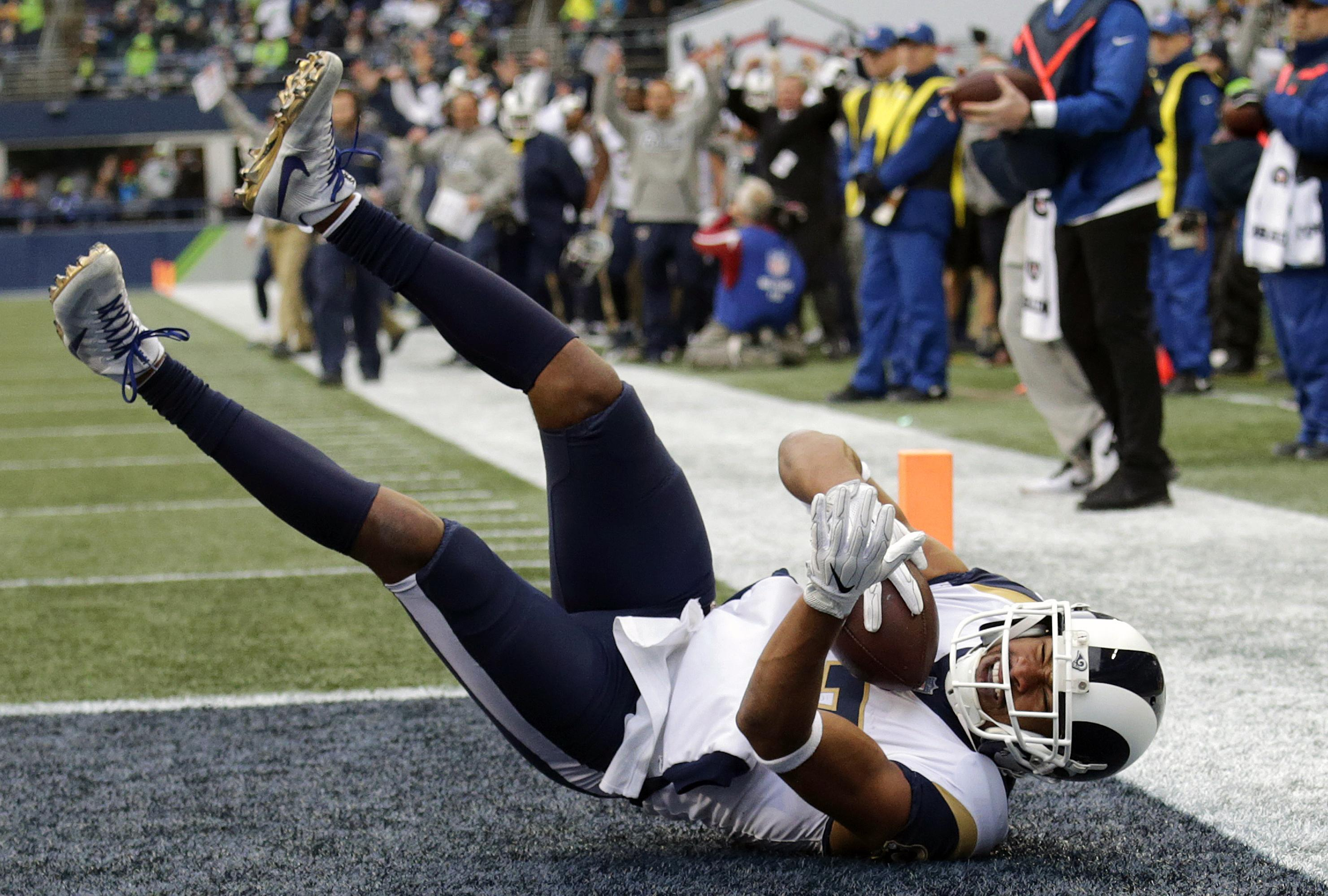 Los Angeles Rams wide receiver Robert Woods comes down in the end zone for  a touchdown b8dc19086