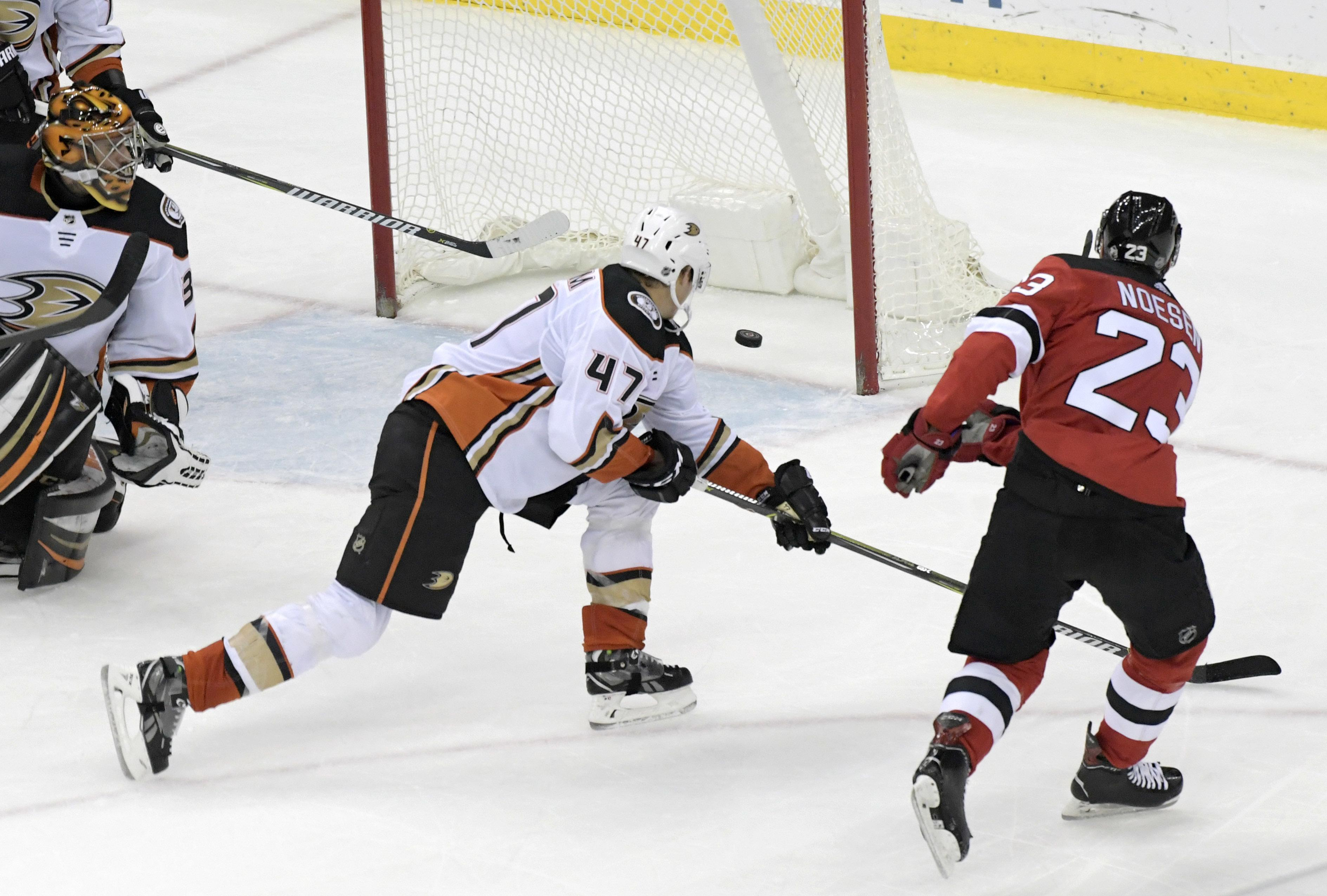 new arrival 95467 acb25 NHL Capsules: Stefan Noesen helps Devils rally past Ducks ...