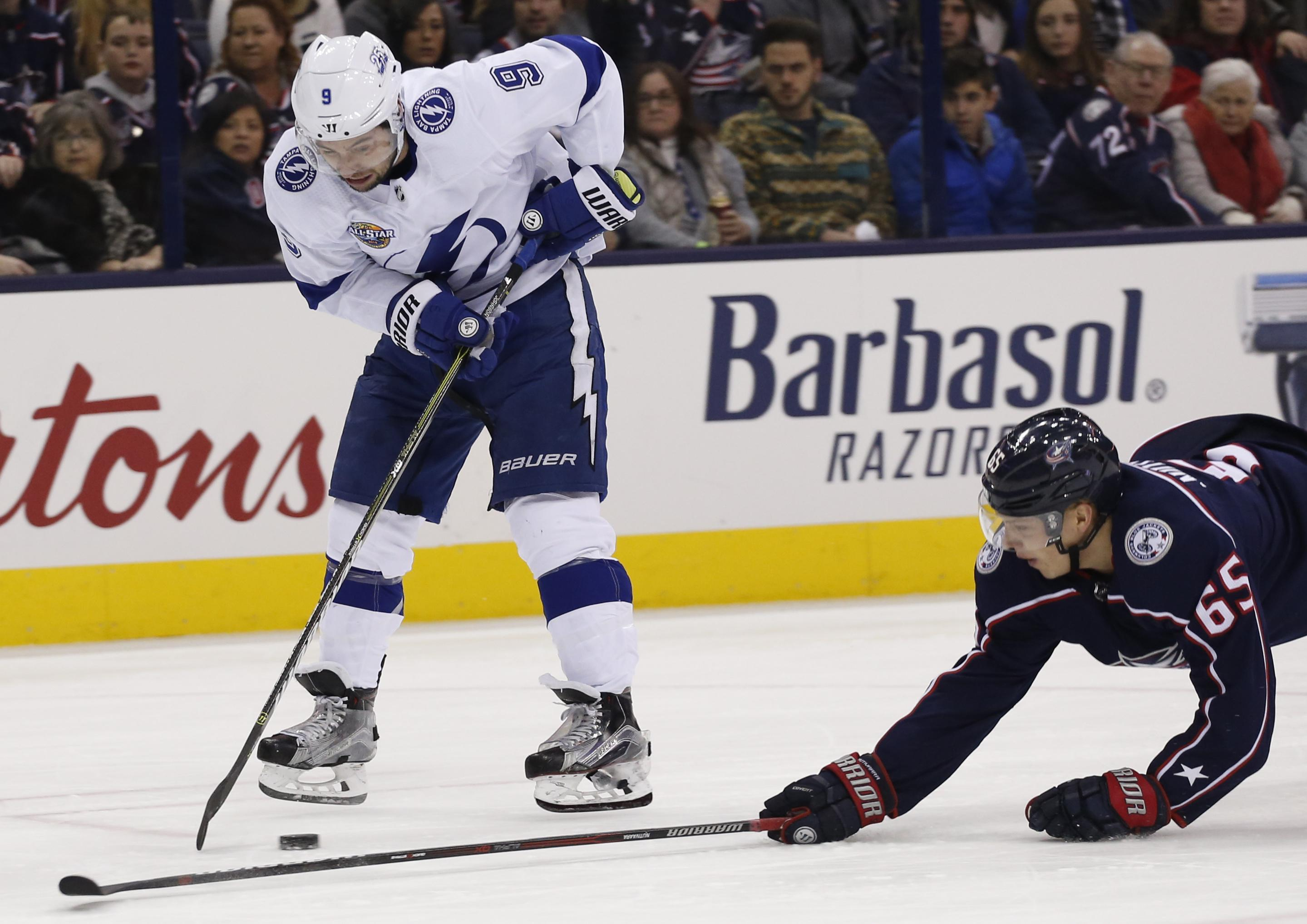 nhl capsules tyler johnson scores twice in lightning s 5 0 rout of