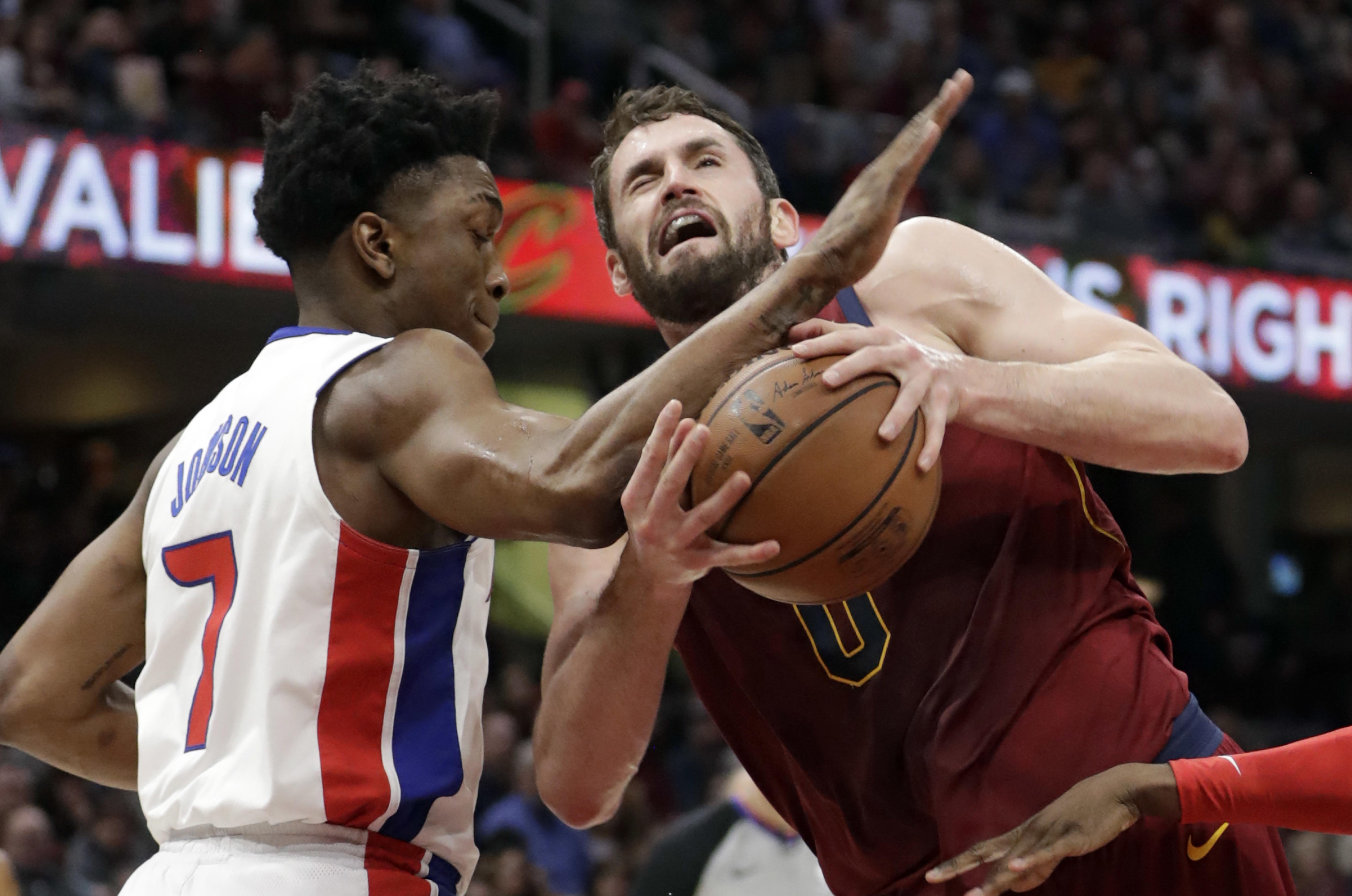 14d230dc48bb All-Star forward s Kevin Love s broken hand a pain for Cavs