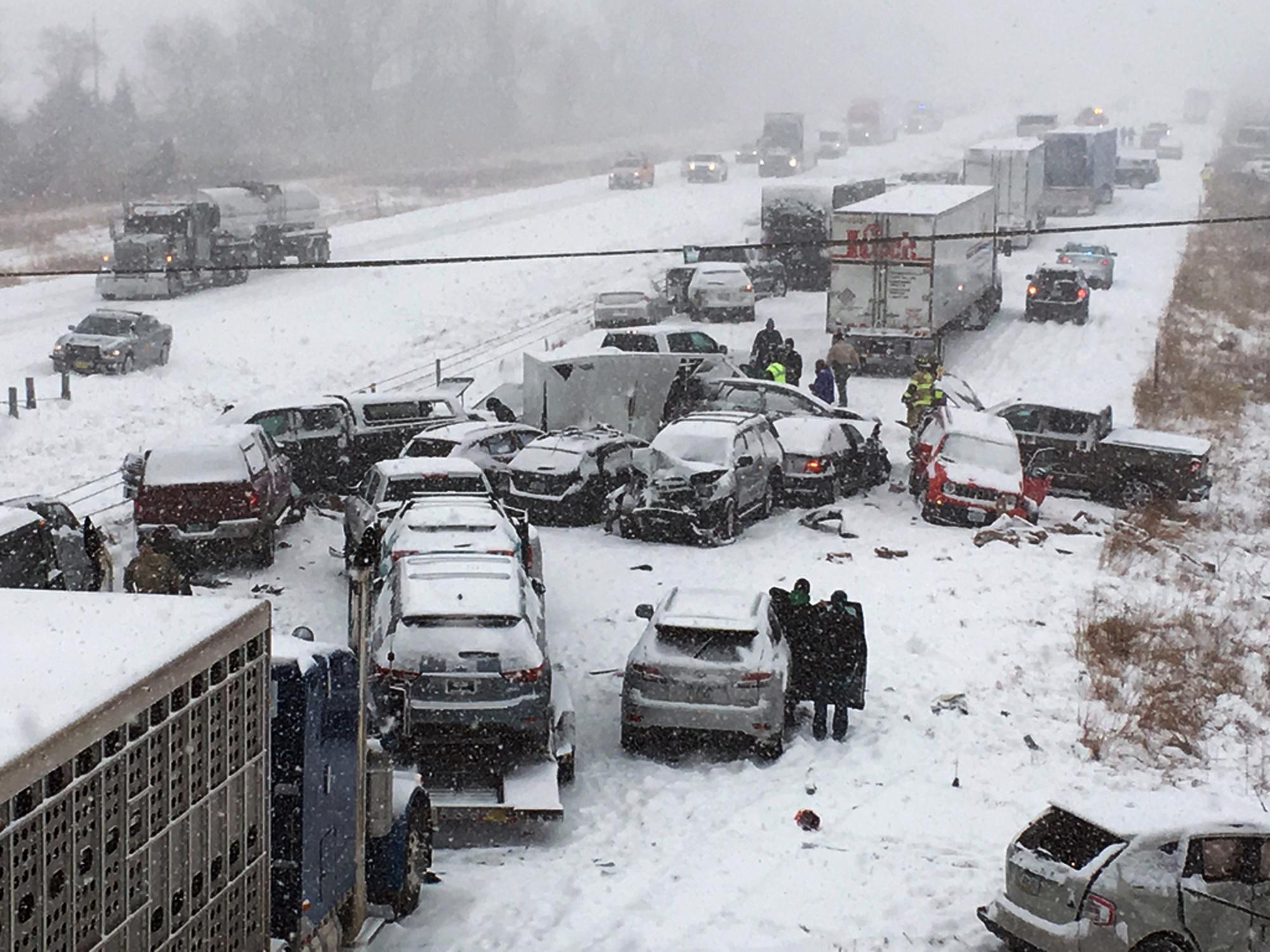 Snow causes hundreds of crashes