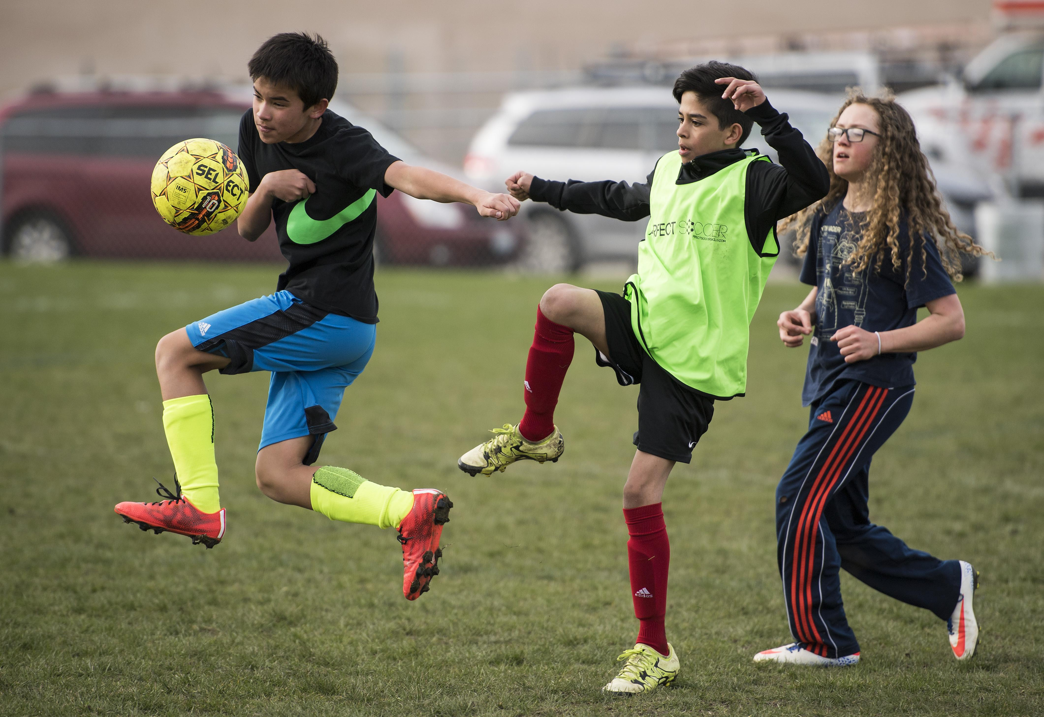 sign ups underway for spokane youth sports association s spring