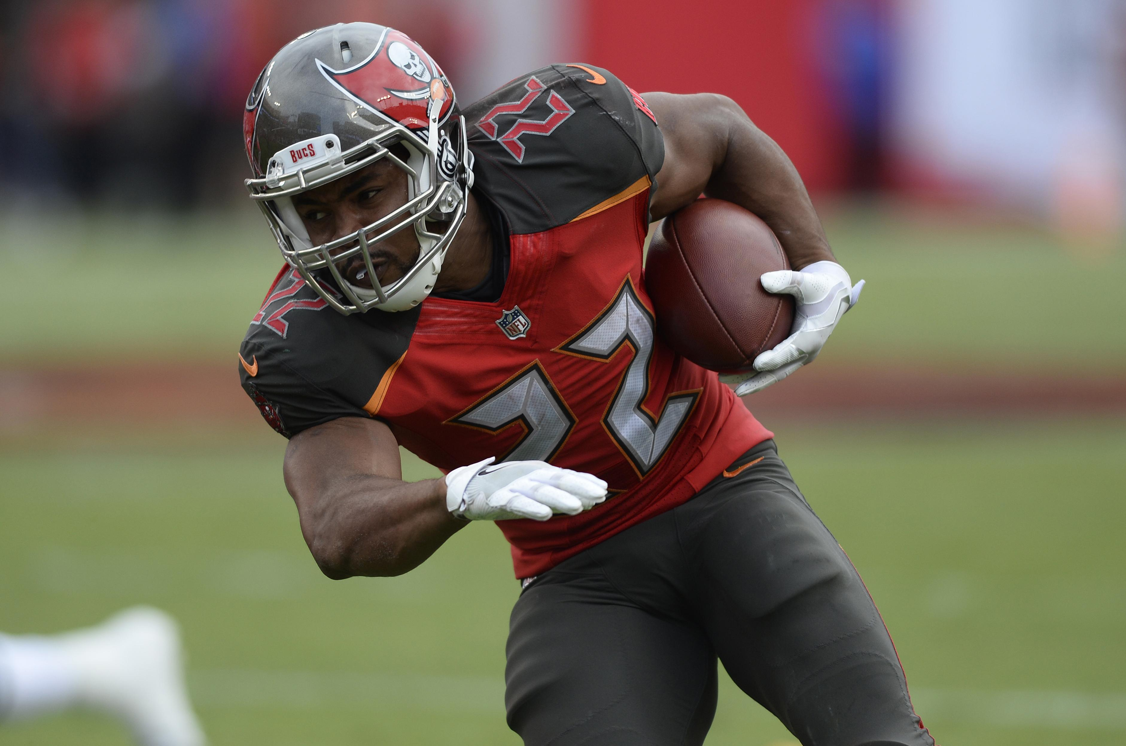 bucs release rb doug martin after disappointing season the