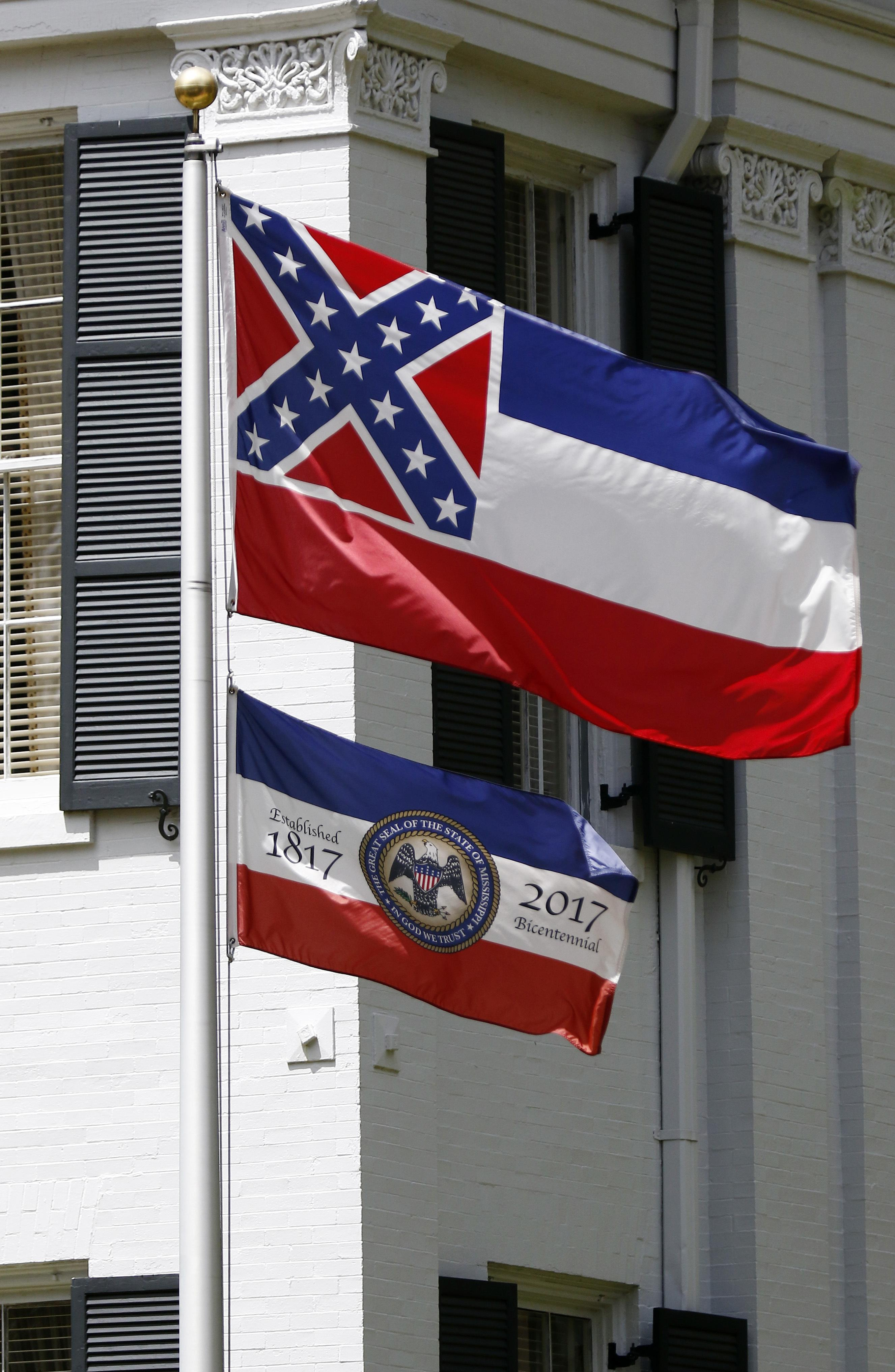 confederatethemed flag rises again in 1 mississippi city