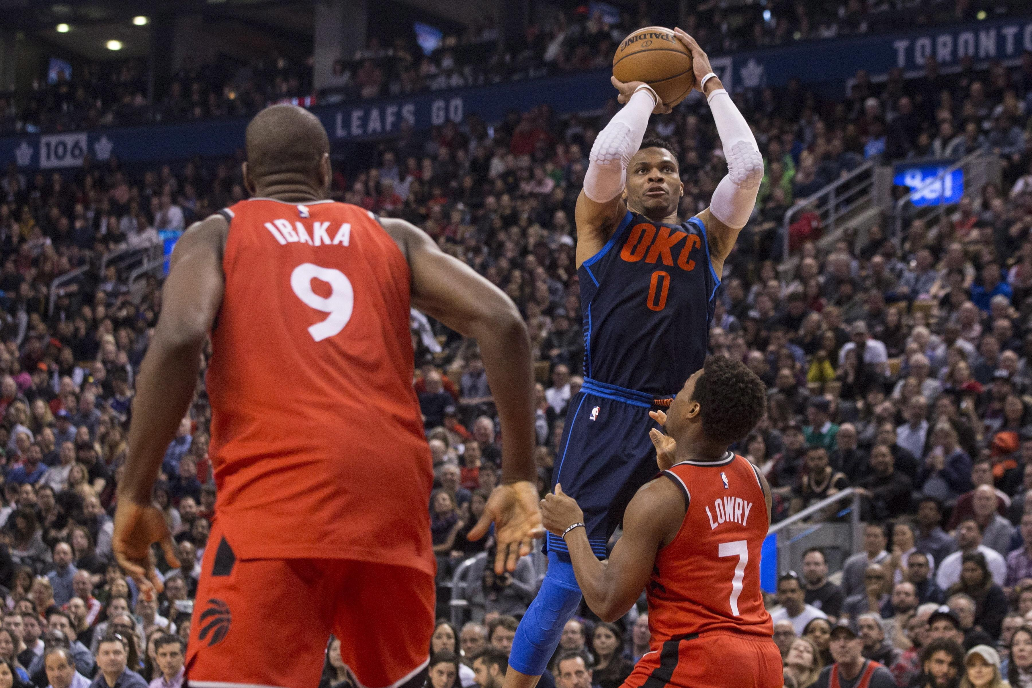 69f6abd88 NBA Capsules  Raptors  11-game winning streak stopped by Thunder ...