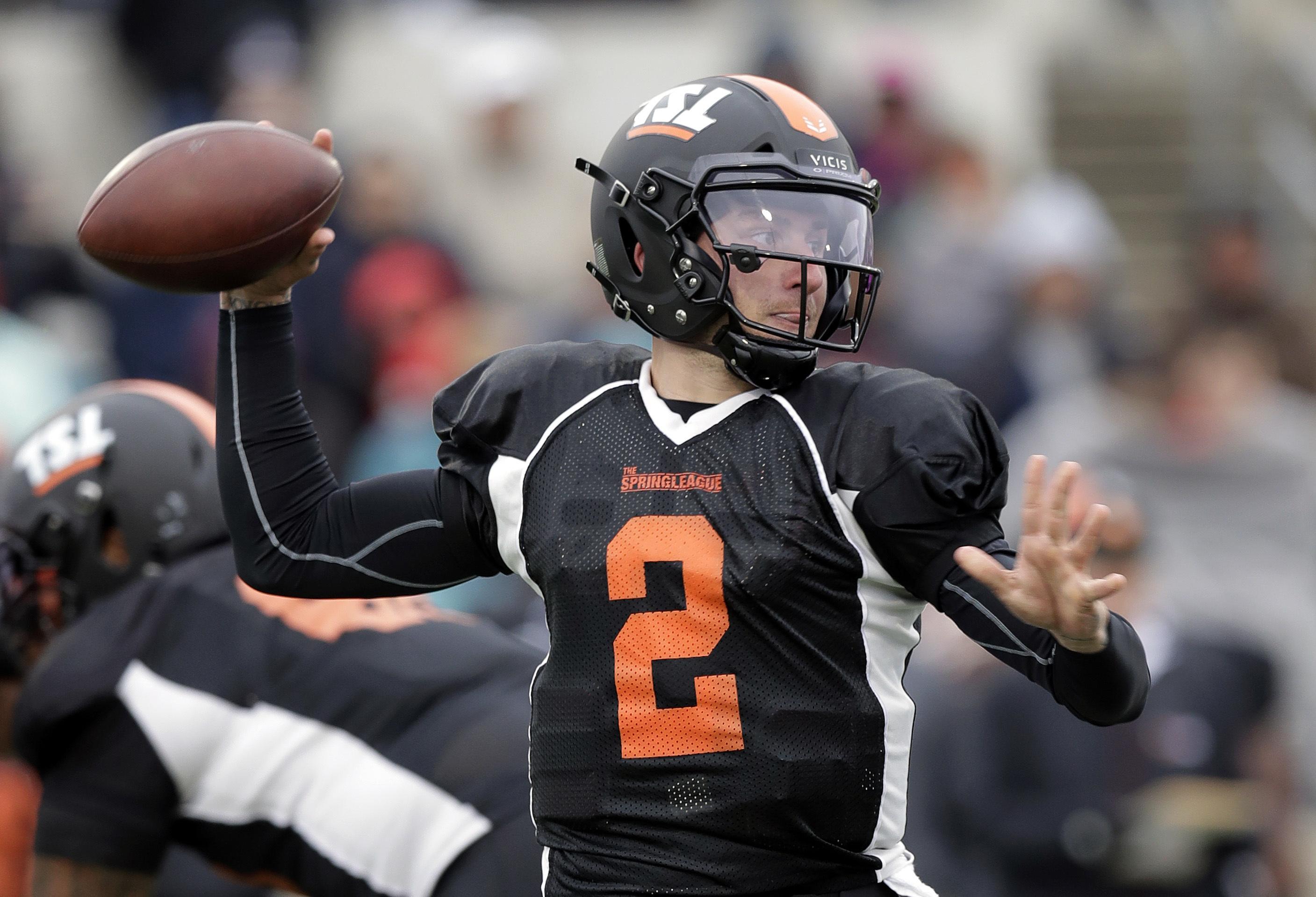 Former Heisman Trophy-winning quarterback Johnny Manziel (2) looks to throw  during a 1e8266281