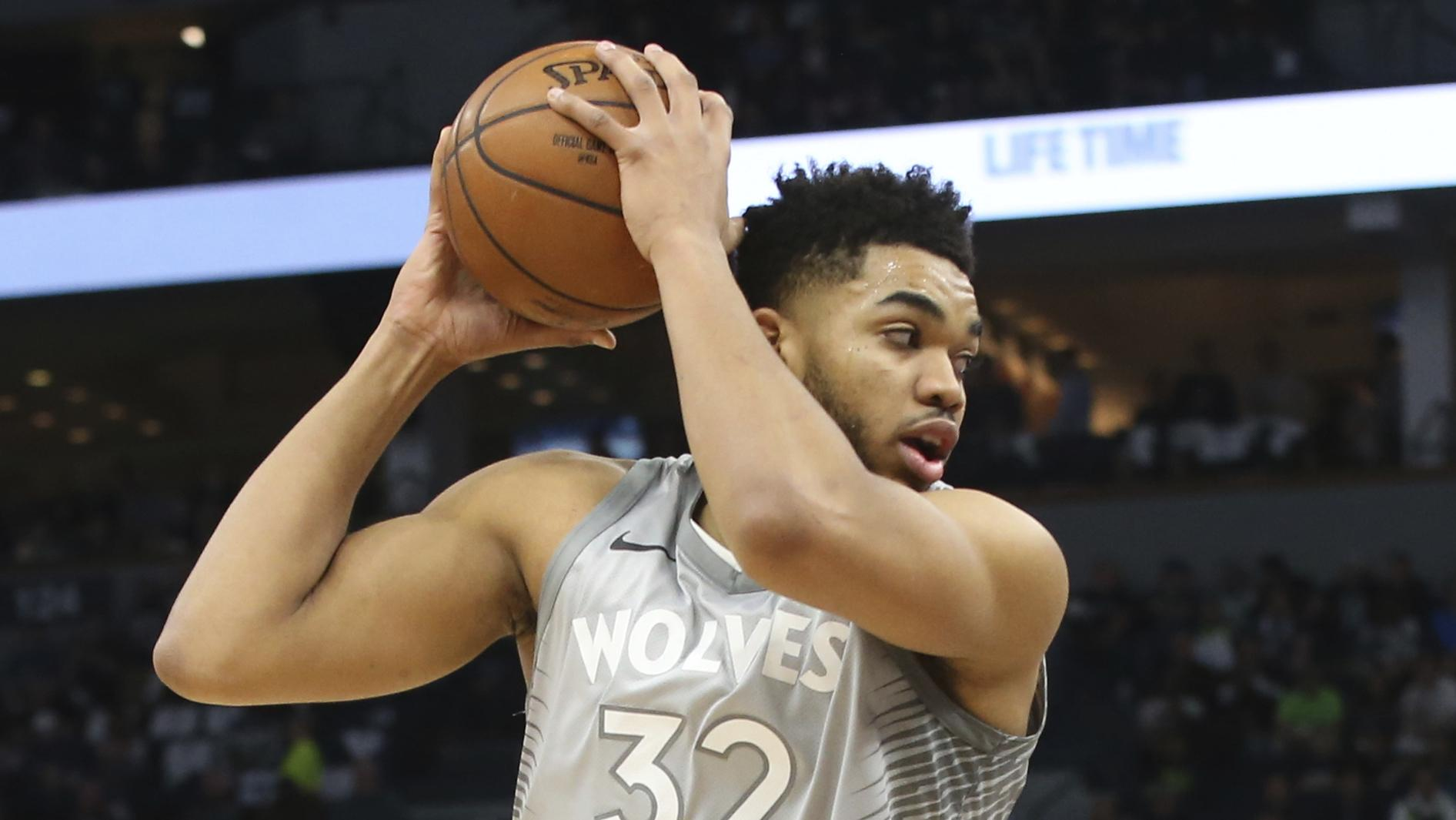 9746af6daa4 Timberwolves All-Star Karl-Anthony Towns has scored just 13 points on 5 for