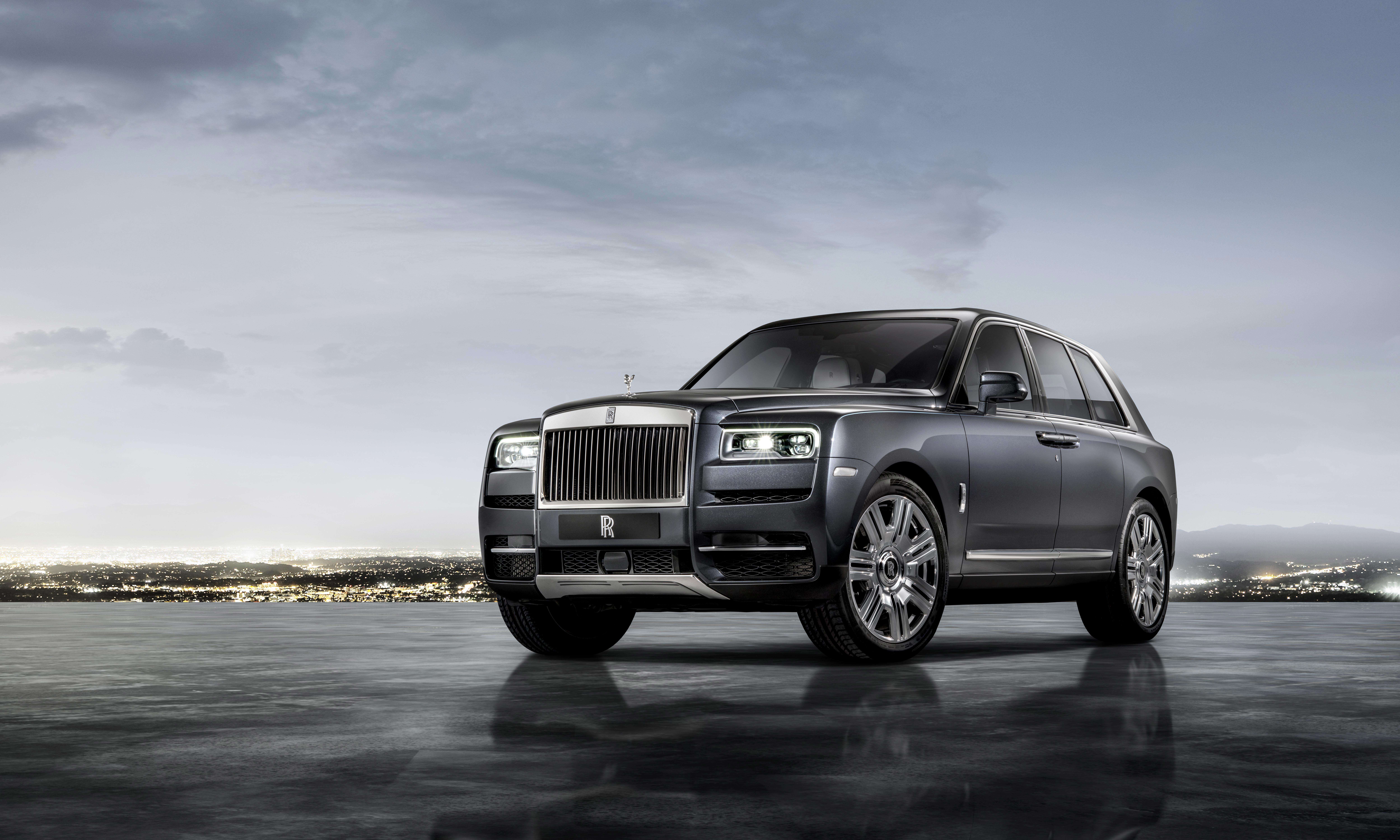 This Photo Provided By Bmw Group Shows The Rolls Royce Cullinan