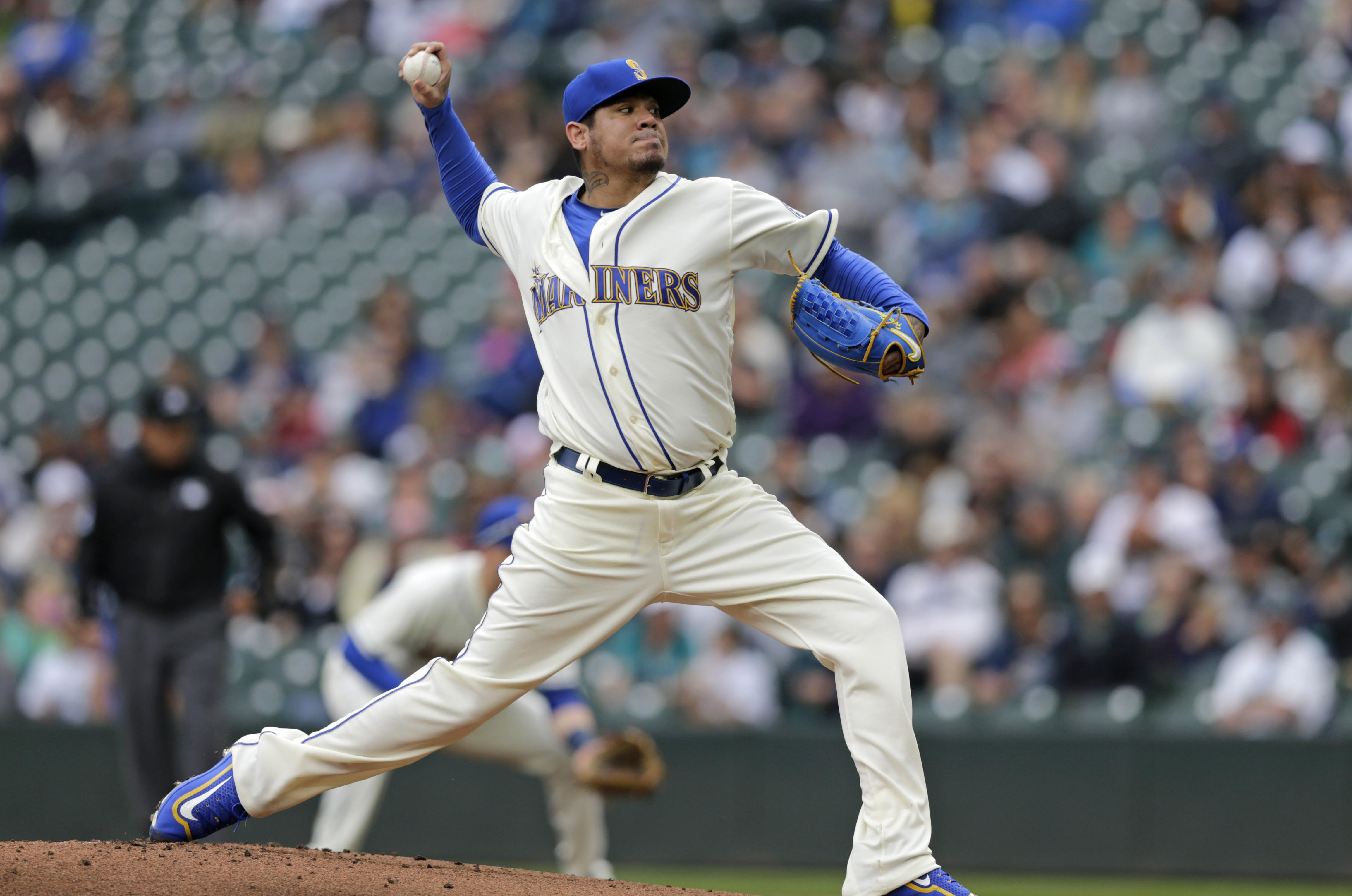 2dbaa4eecea Seattle Mariners starting pitcher Felix Hernandez works against theTampa  Bay Rays during the first inning of