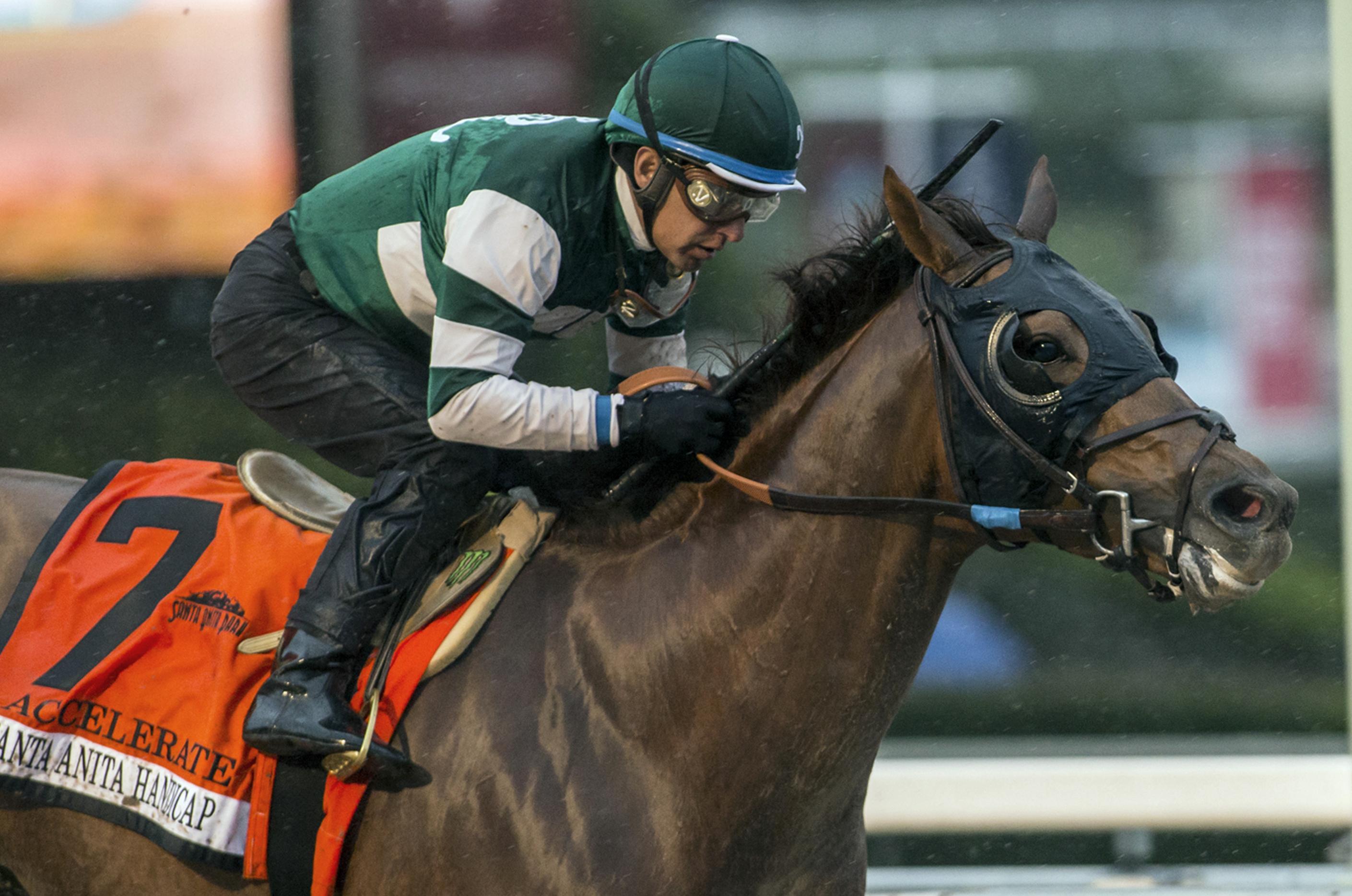 Jockey Victor Espinoza Hurt At Del Mar When Horse