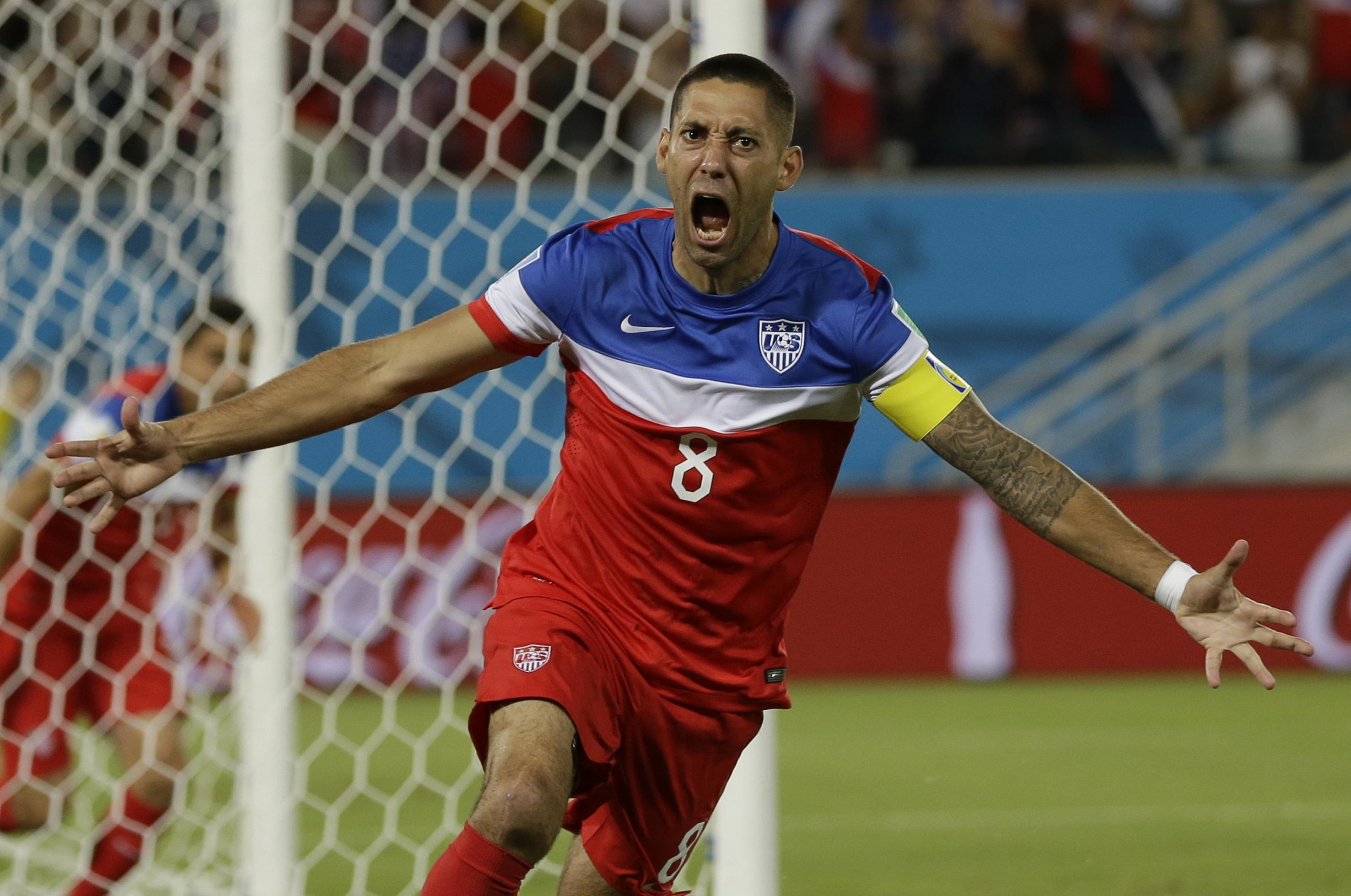 a4a112075 U.S. and Sounders striker Clint Dempsey retires from soccer