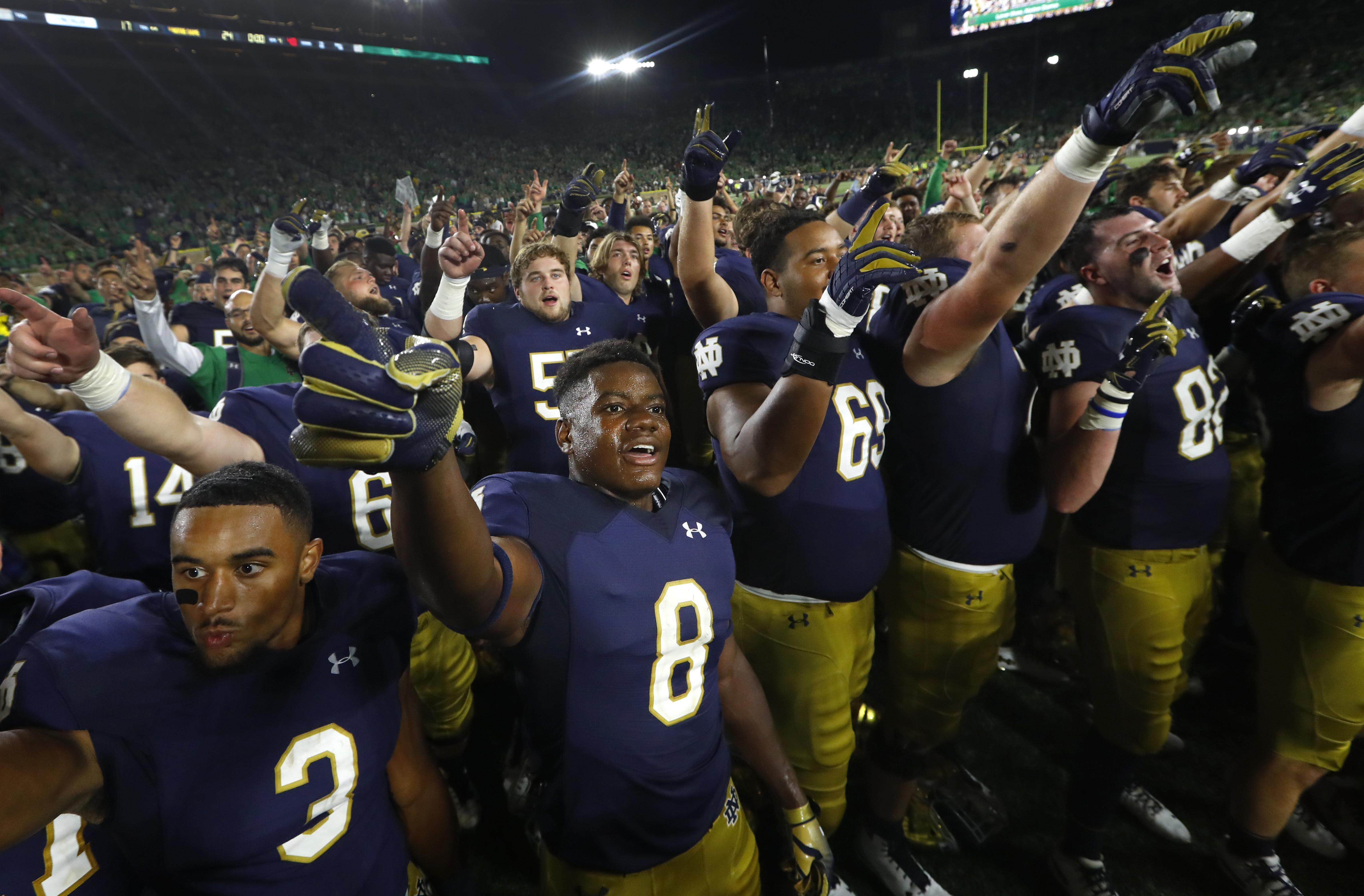 Top 25 college football: No. 12 Notre Dame beats No. 14 ...