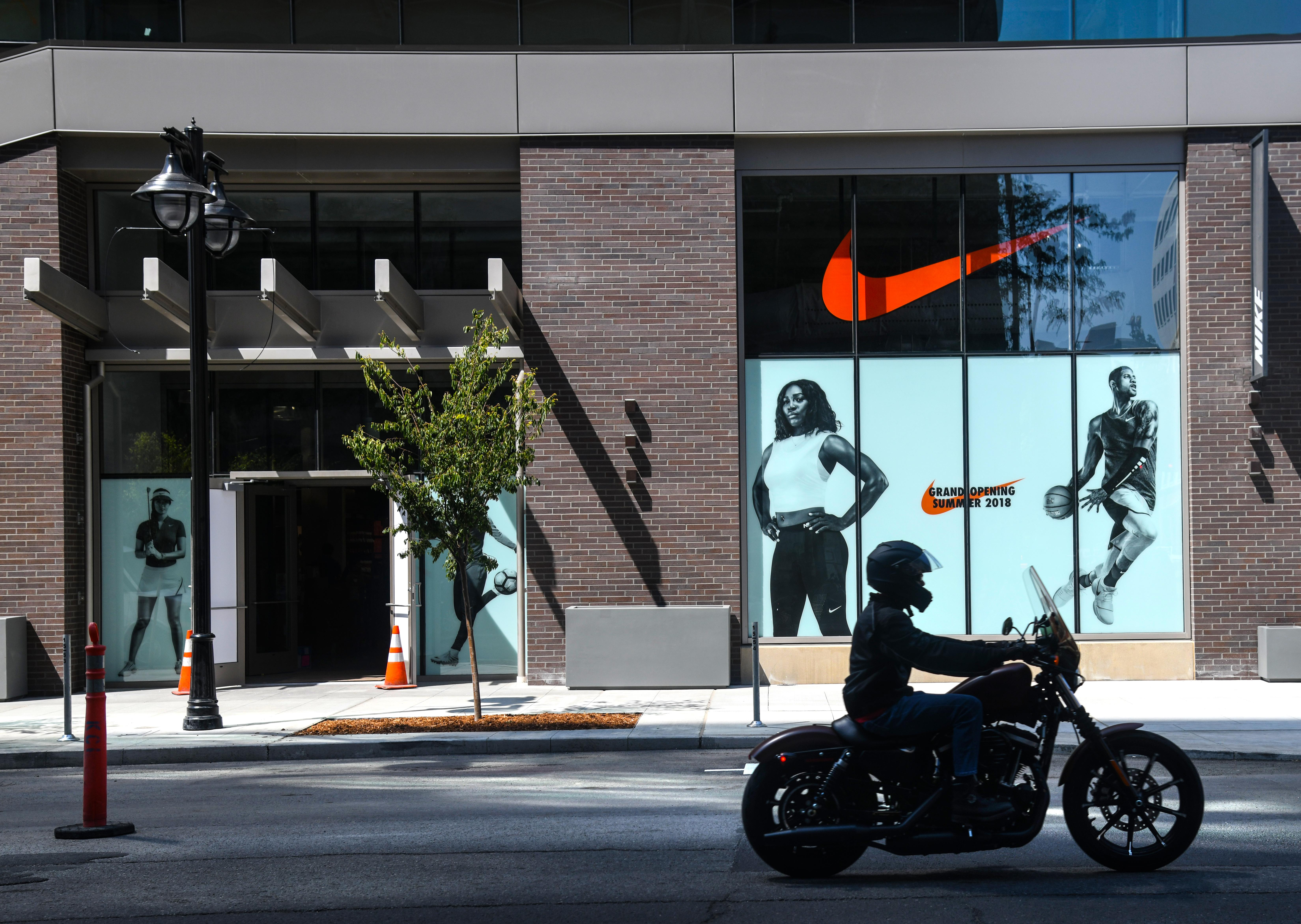 meilleures baskets 6cce8 85f10 Nike store in downtown Spokane draws politically driven ...