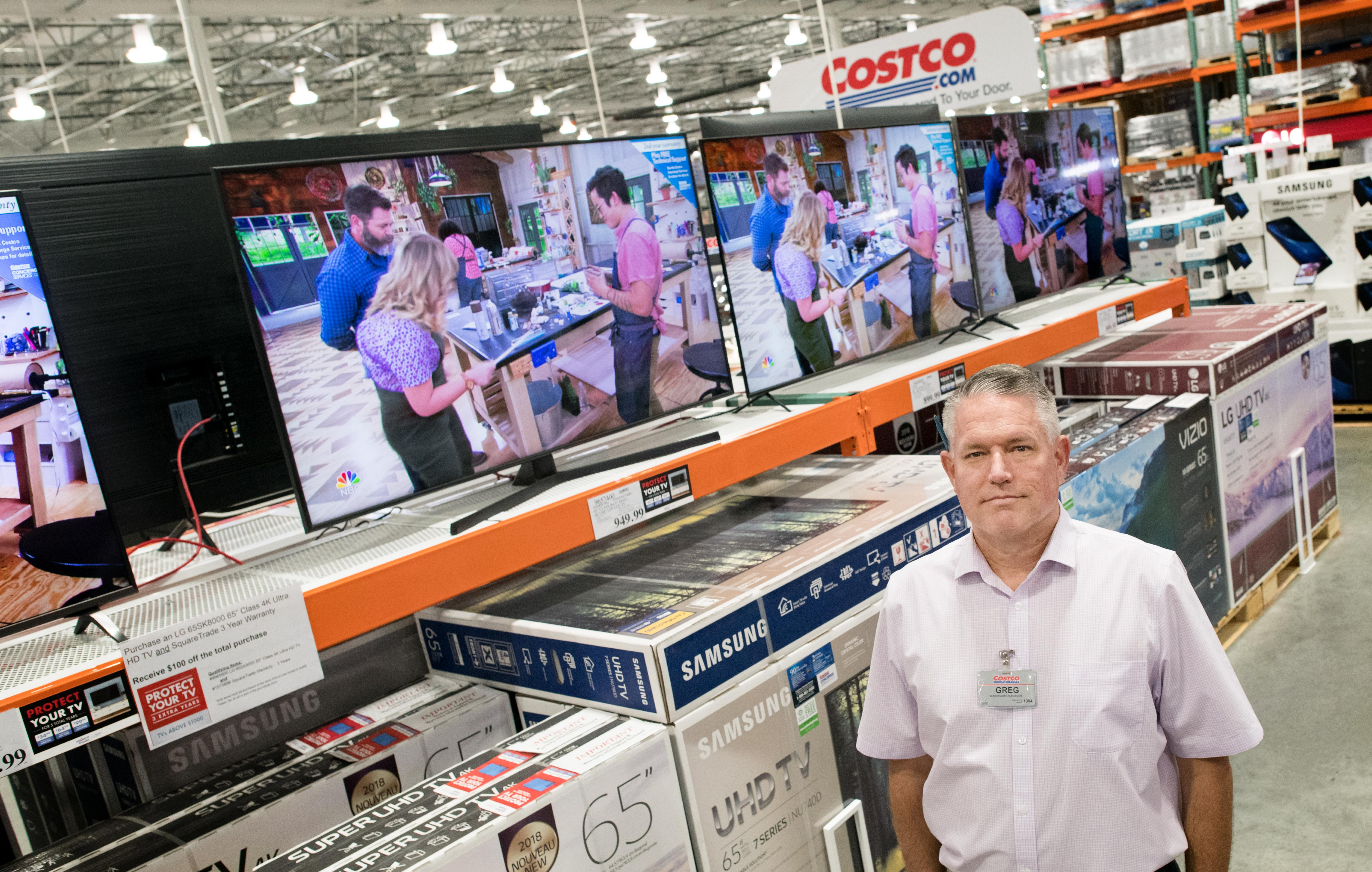 Front & Center: Members, employees drive North Side Costco