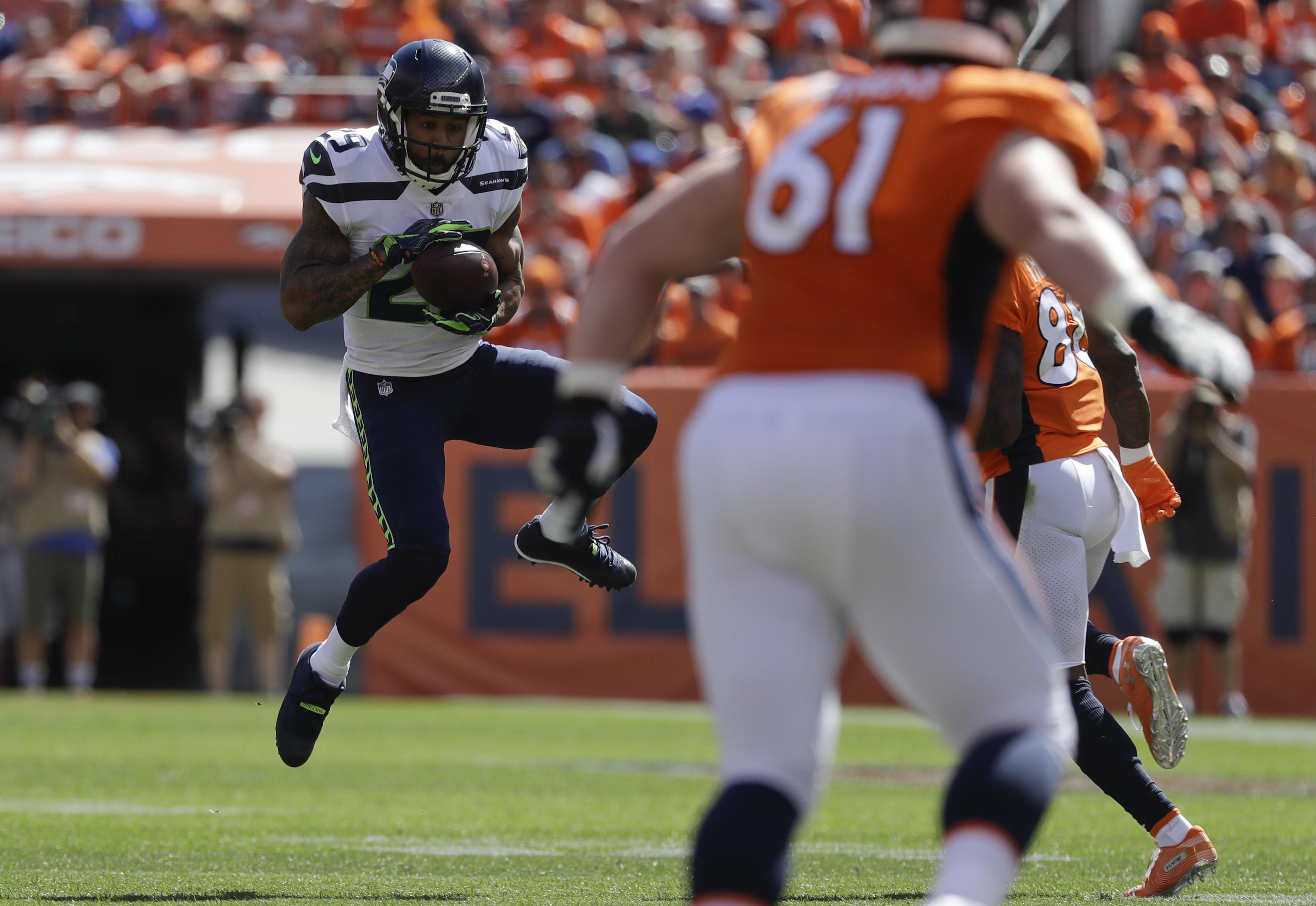 be81432b9f4 Seattle Seahawks safety Earl Thomas intercepts a pass during the first half  of an NFL football