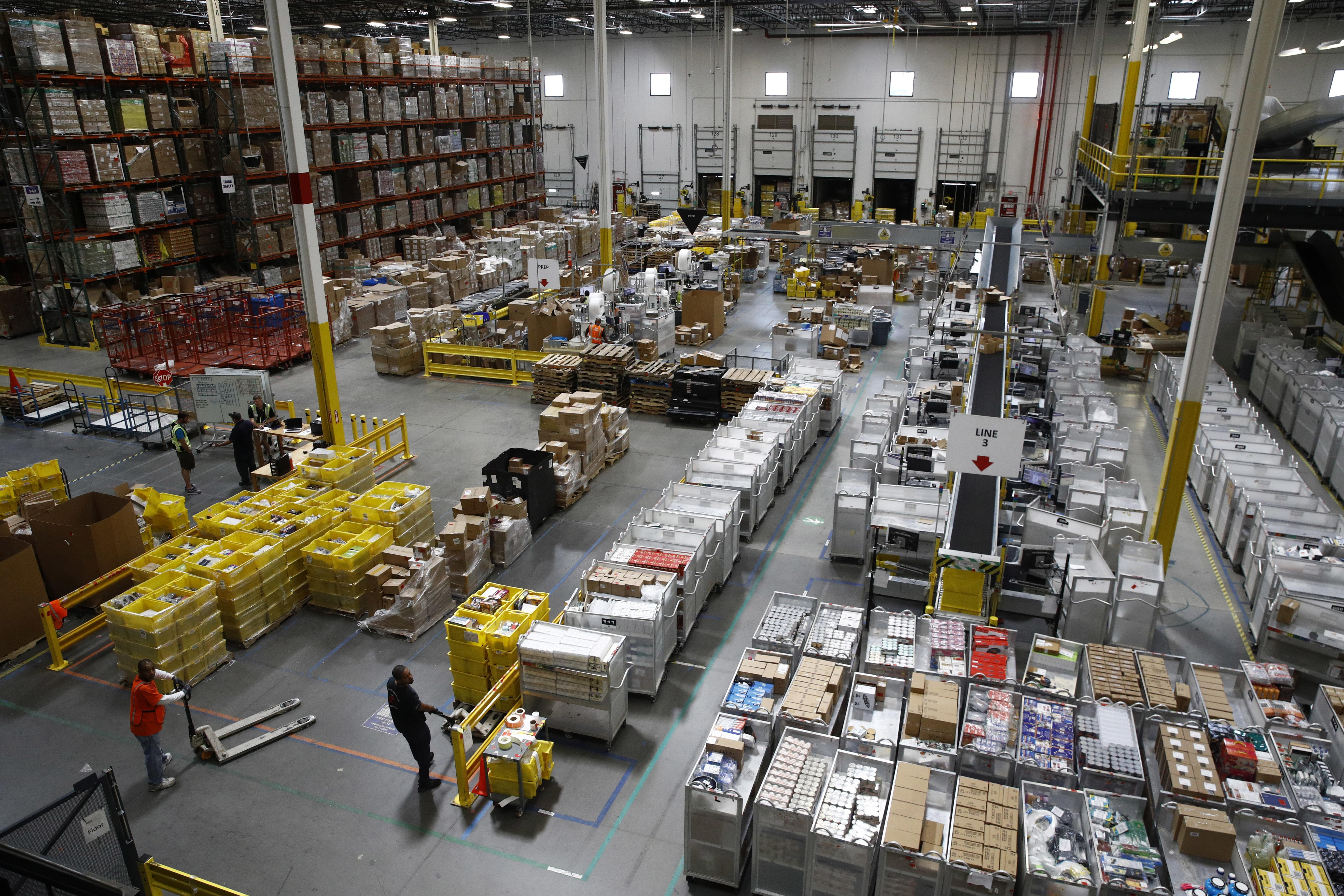 Amazon Warehouse Workers Say The Company Is Quietly Doling Out