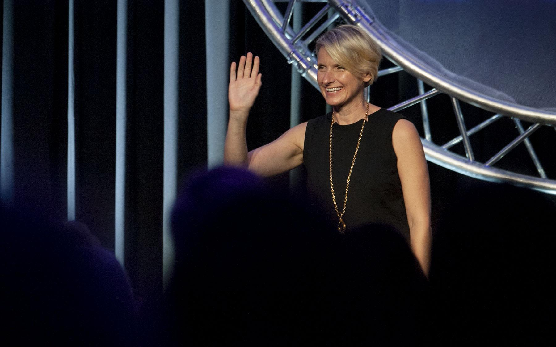 "492fdac234b Elizabeth Gilbert, author of ""Eat Pray Love"", addresses the National  Association of"