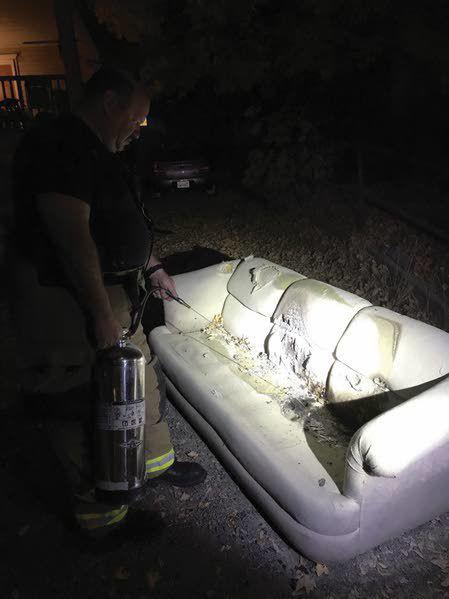 Incredible Couches Mattresses Set On Fire After Cougar Win The Ibusinesslaw Wood Chair Design Ideas Ibusinesslaworg