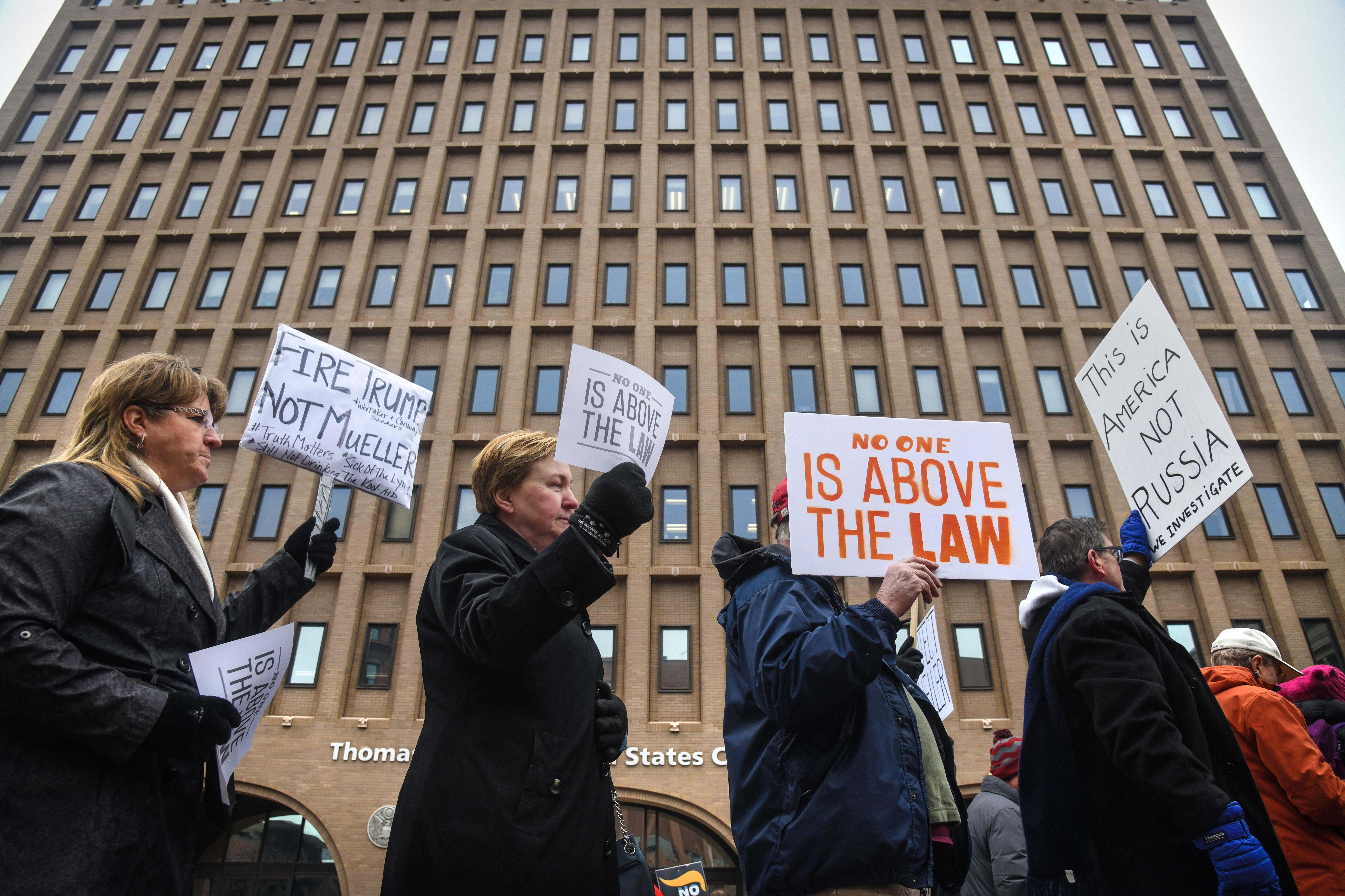 200 Spokane demonstrators say Mueller's Russia probe must ...